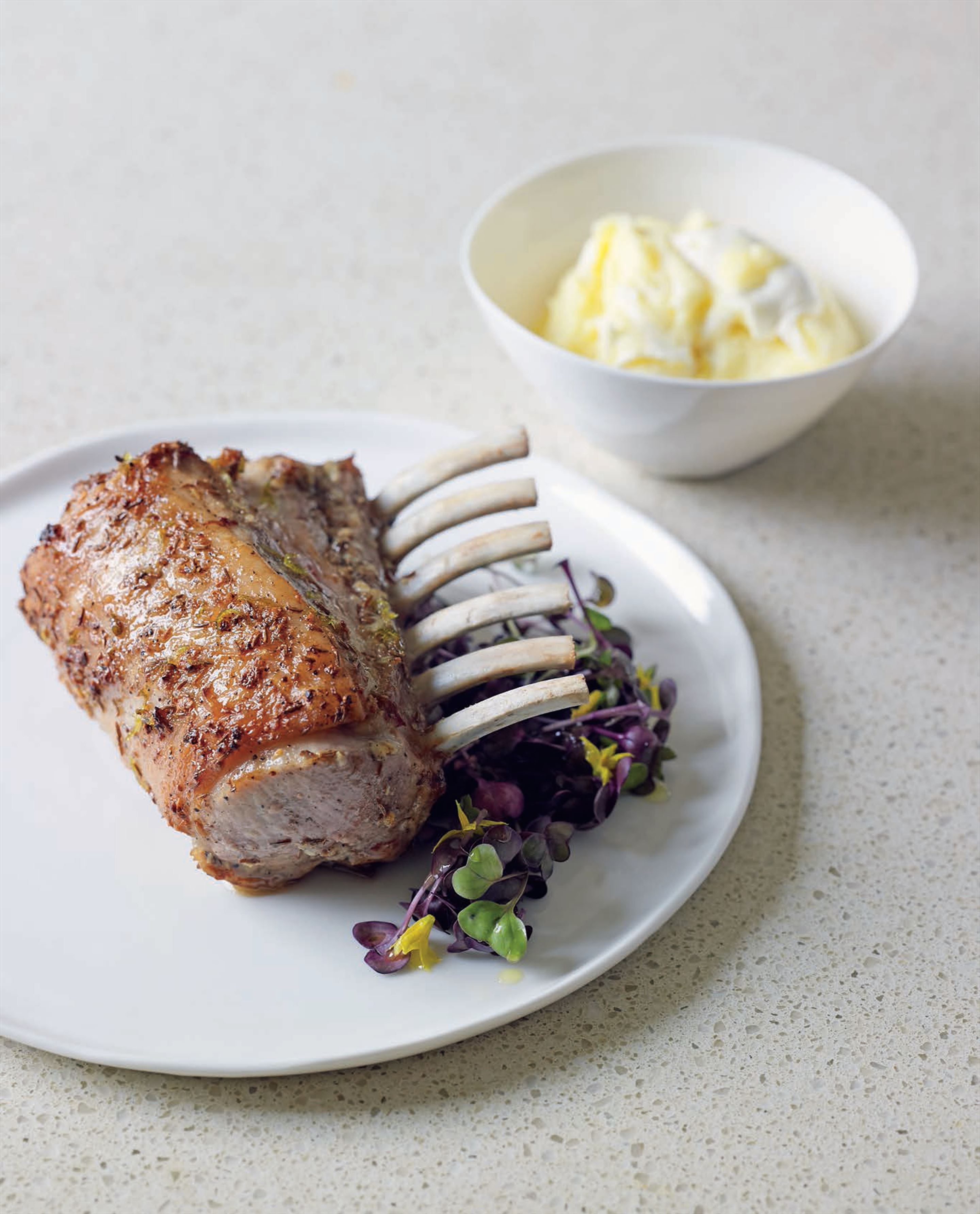 Pork rib-eye with caraway, honey and lime