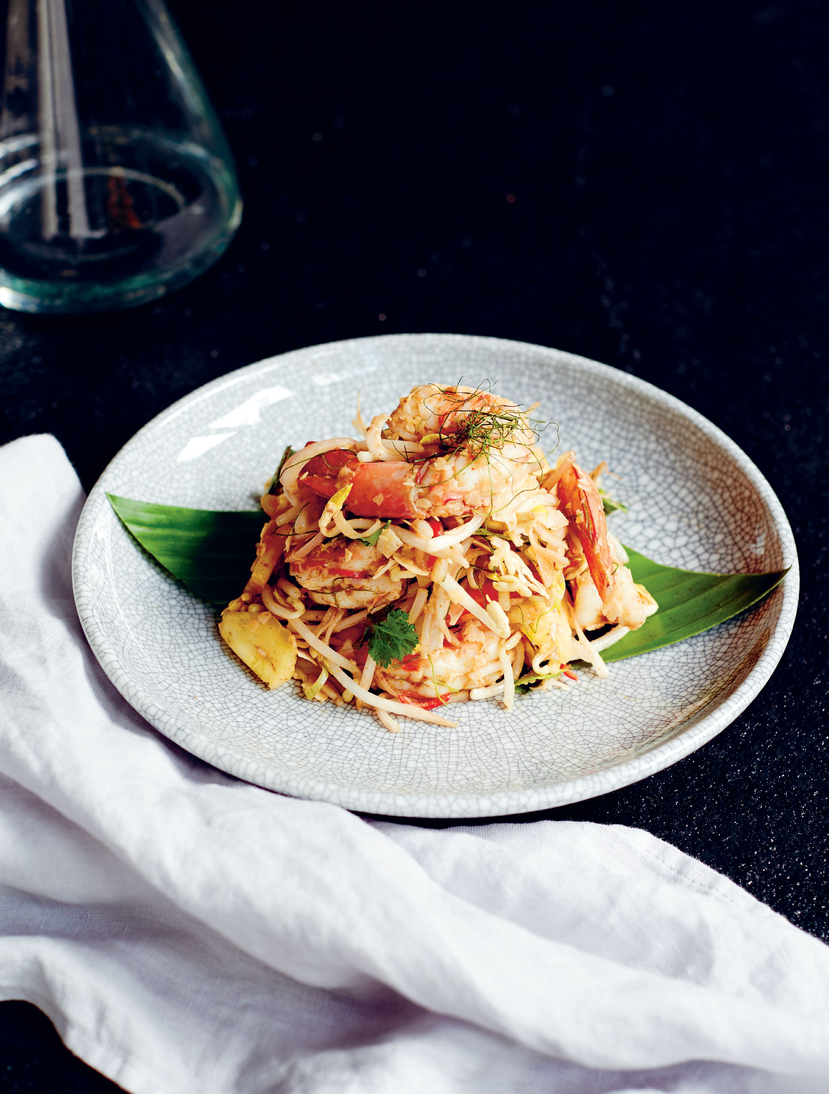King prawn salad with chilli pineapple, bean sprouts & red curry dressing