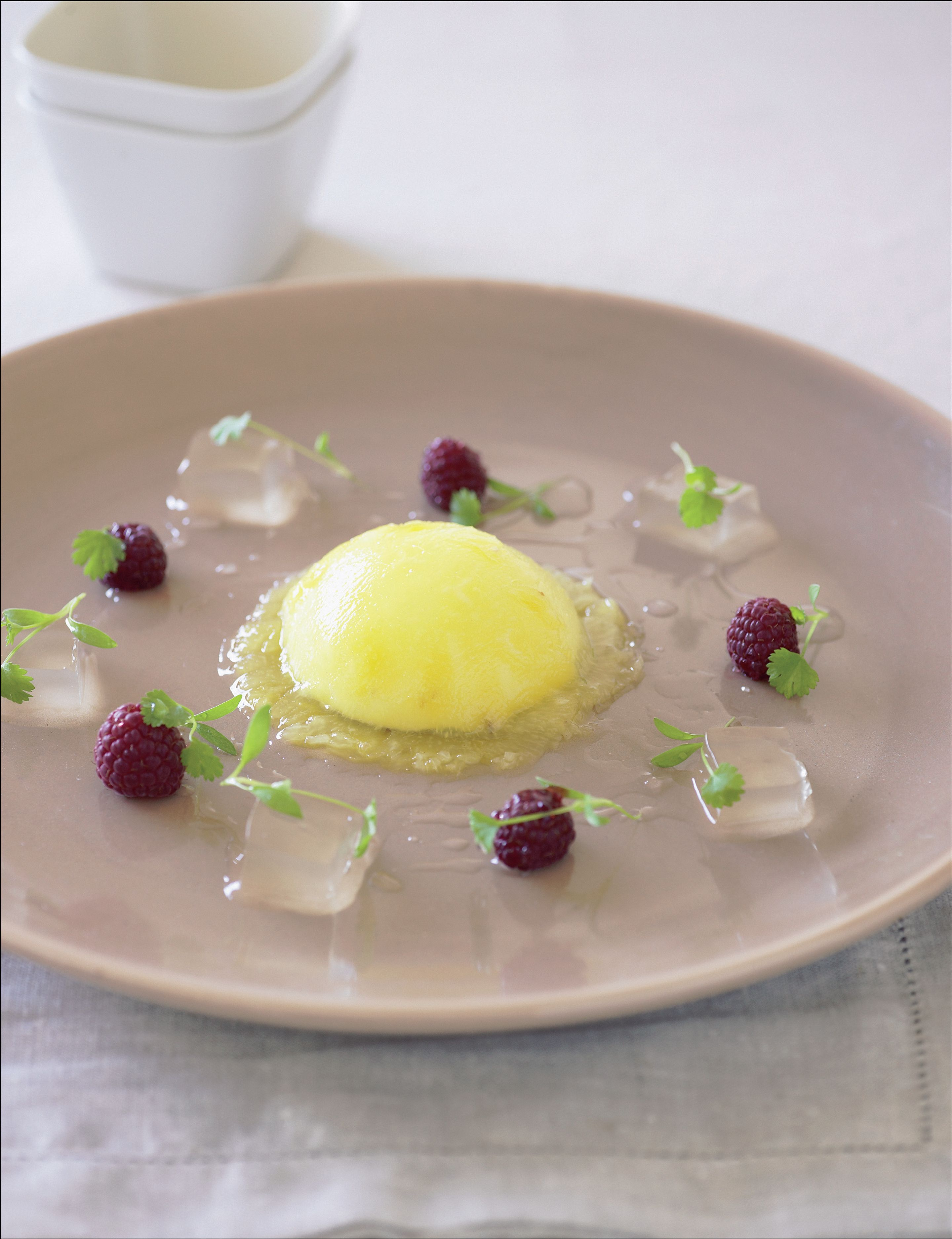 Raviolo of pineapple