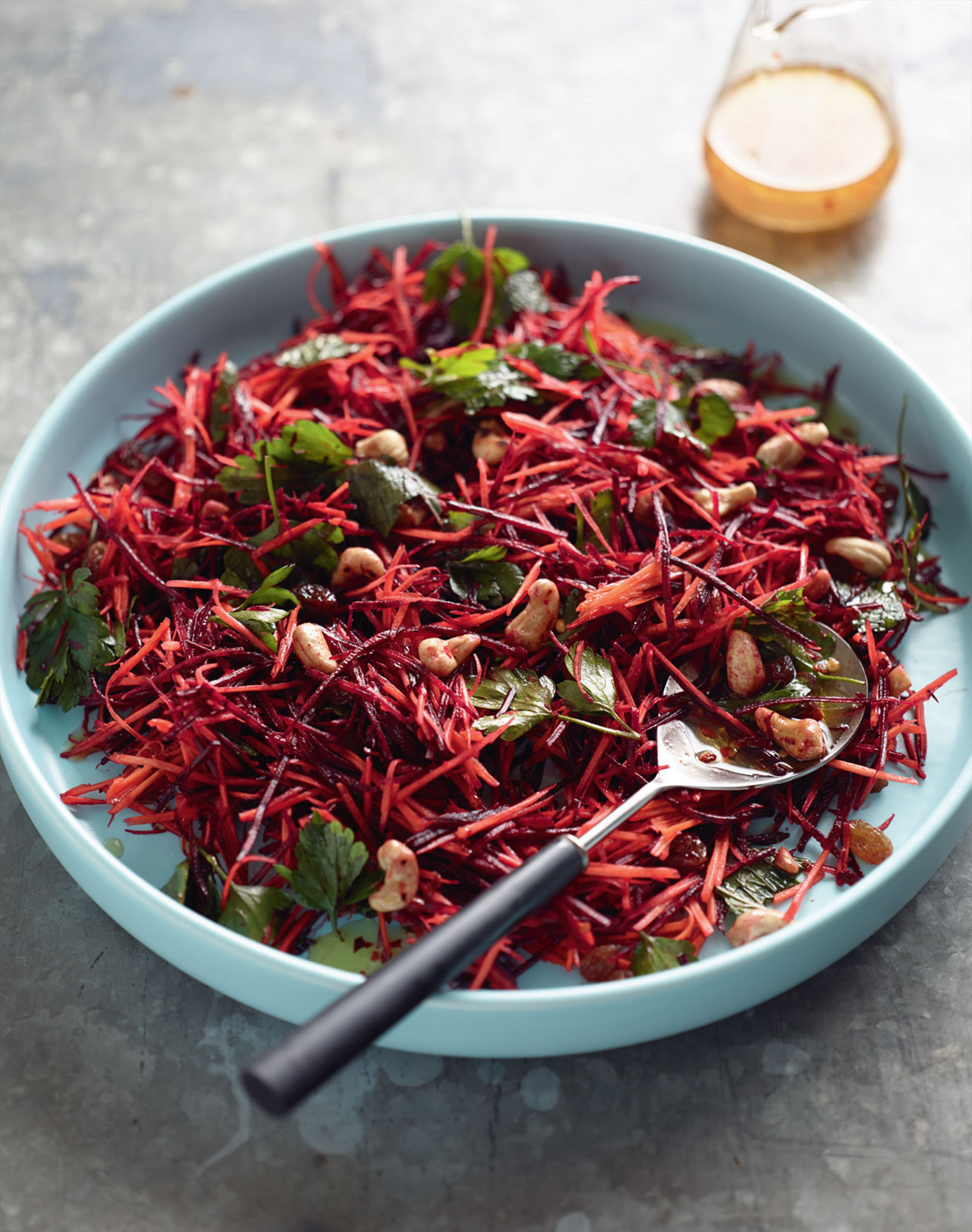 Beetroot and carrot salad with cashews