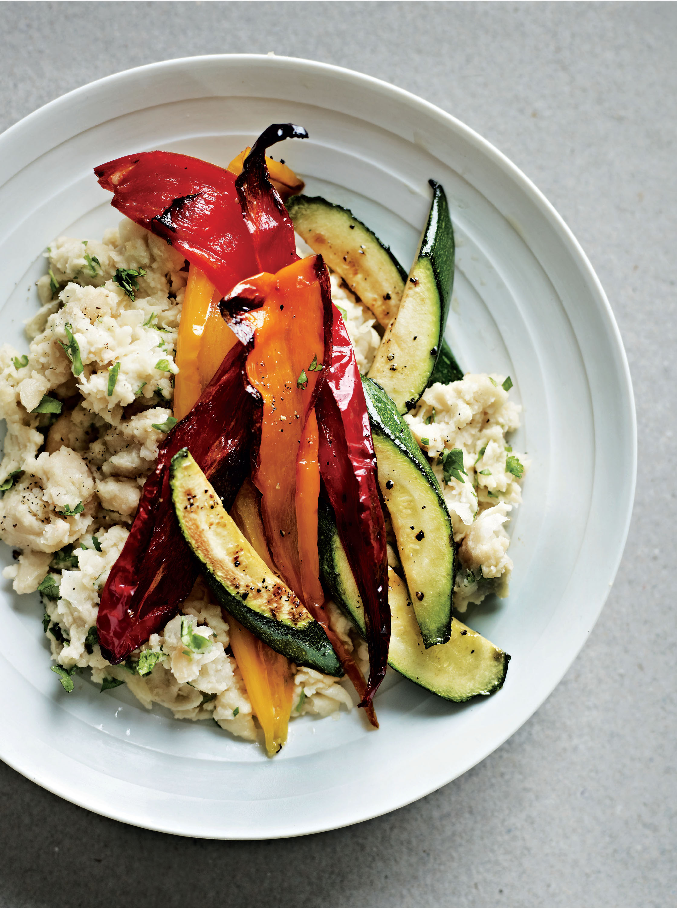 Roasted peppers with white bean mash