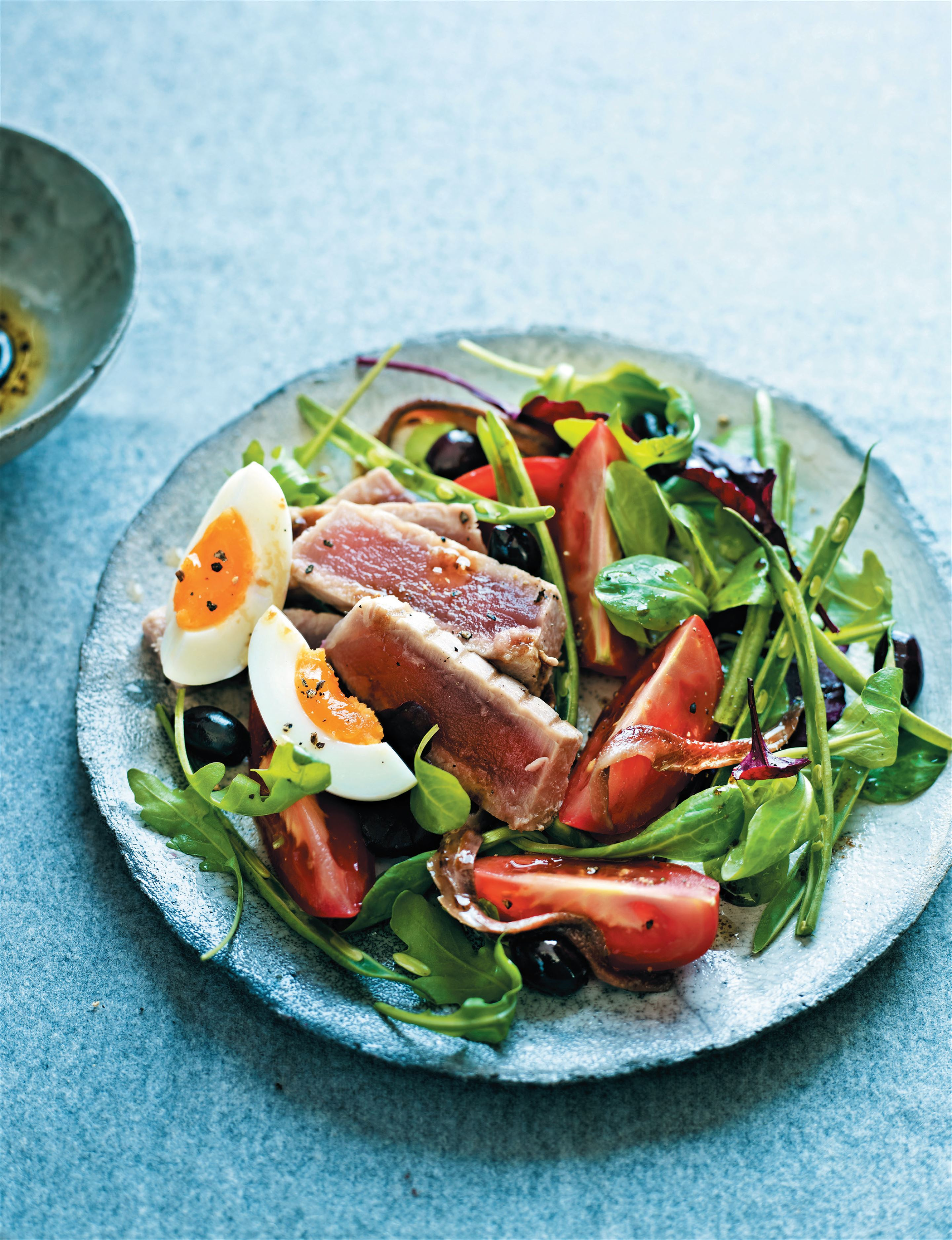 Heart-healthy tuna Niçoise salad