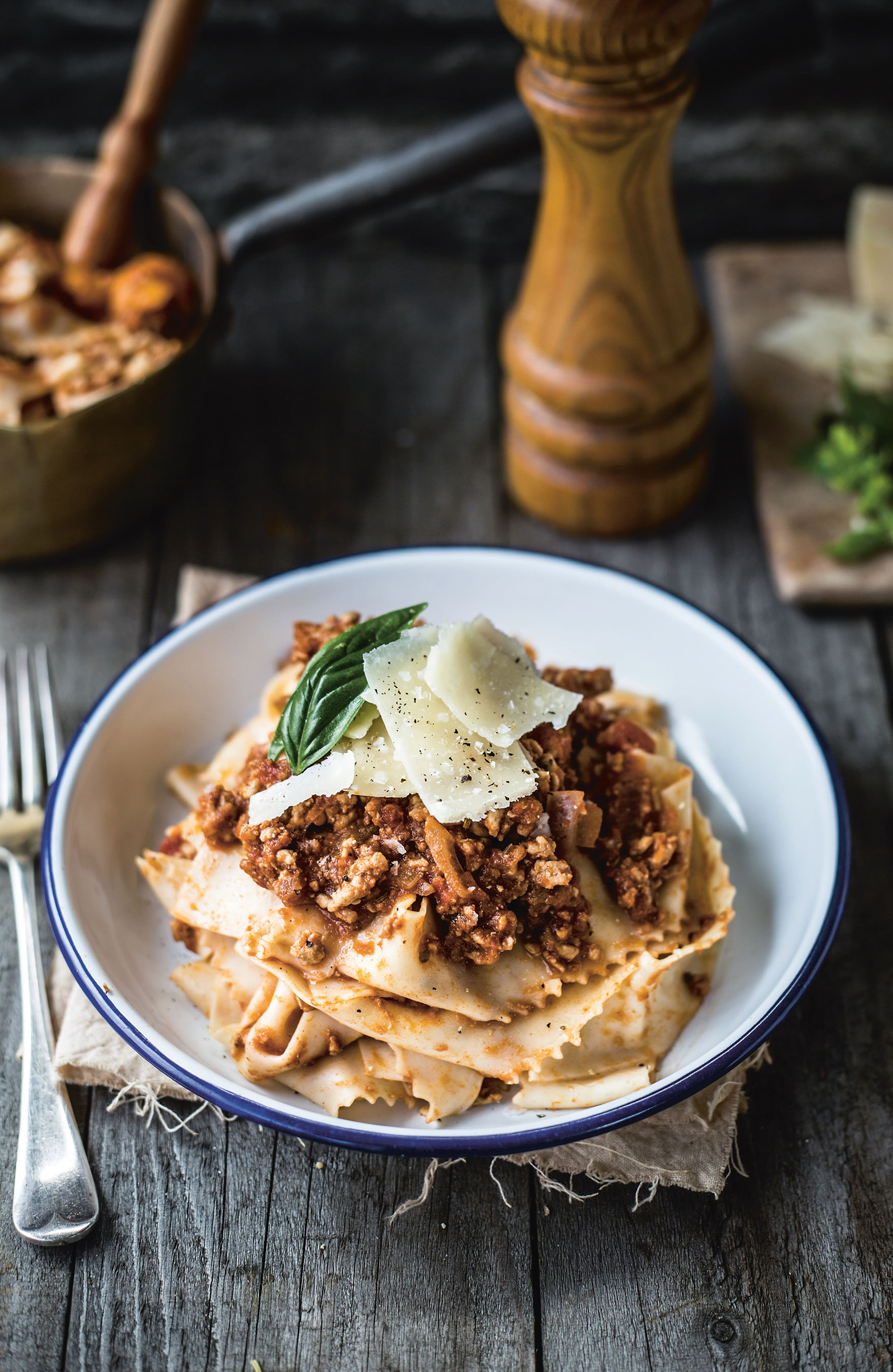 Pork ragù with aubergine and pappardelle