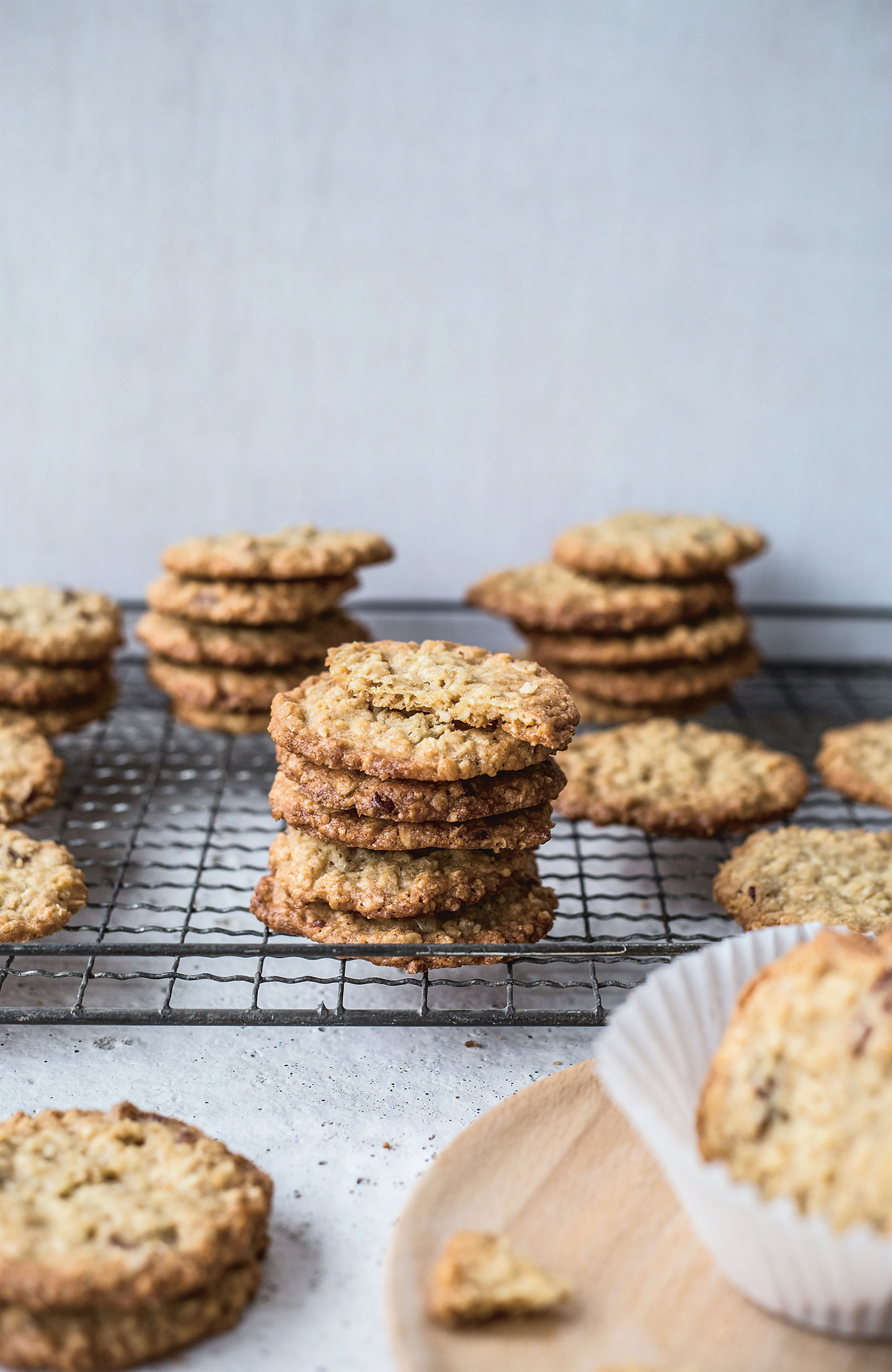 Cinnamon pecan and oatmeal cookies