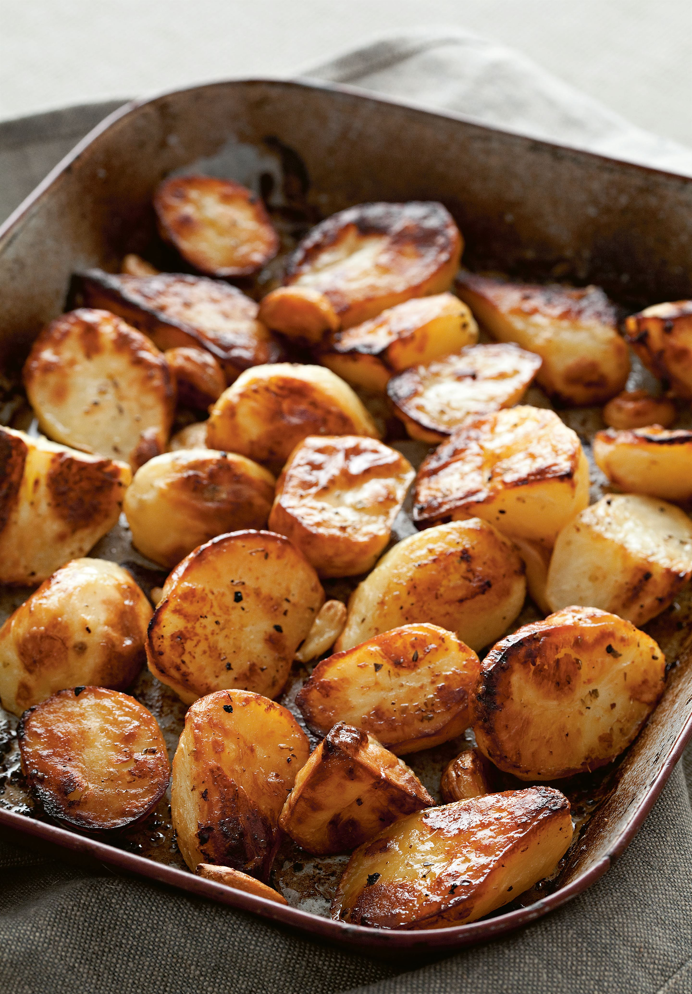Lemon, garlic & herb roasted potatoes