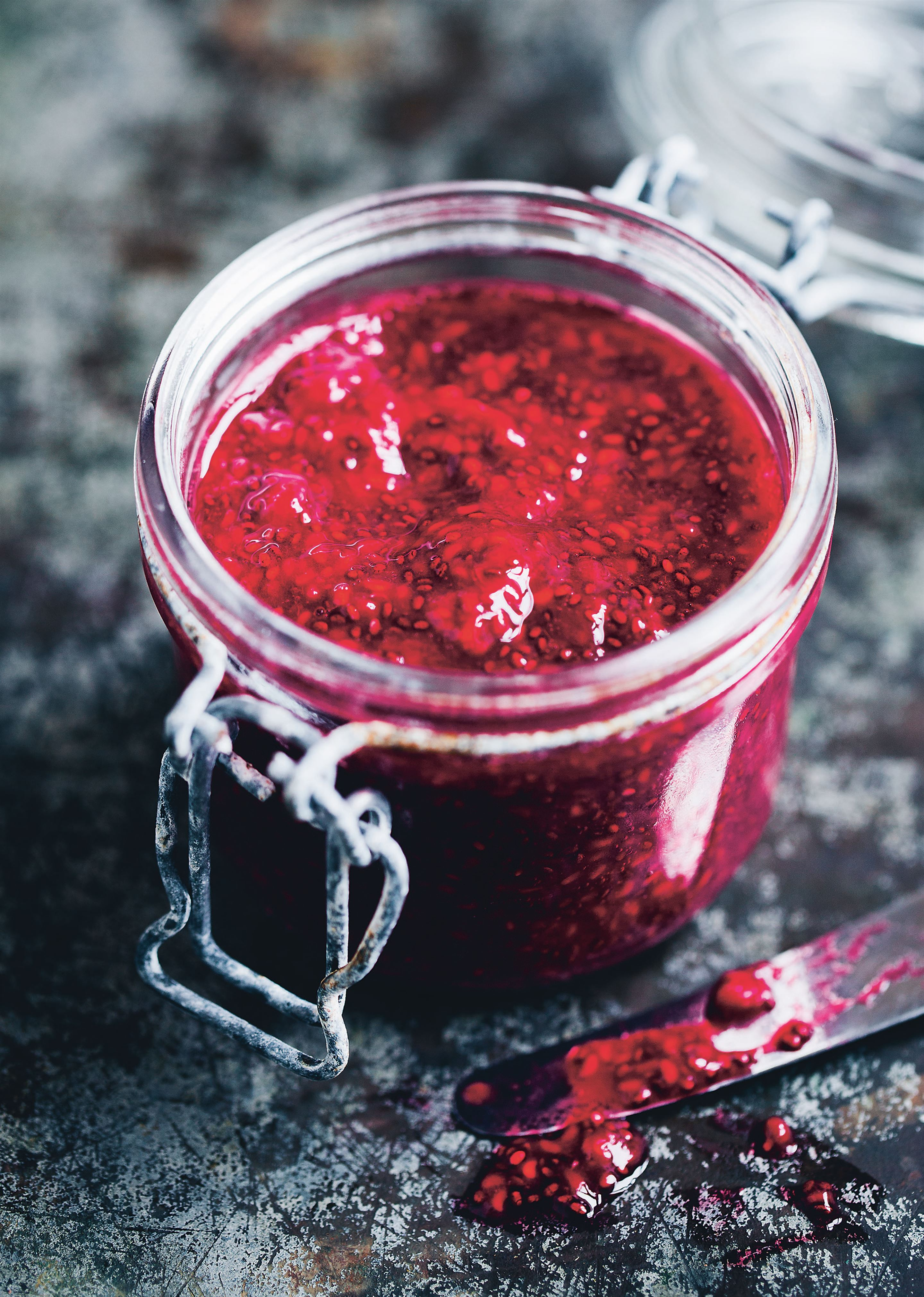 Raw raspberry and chia jam