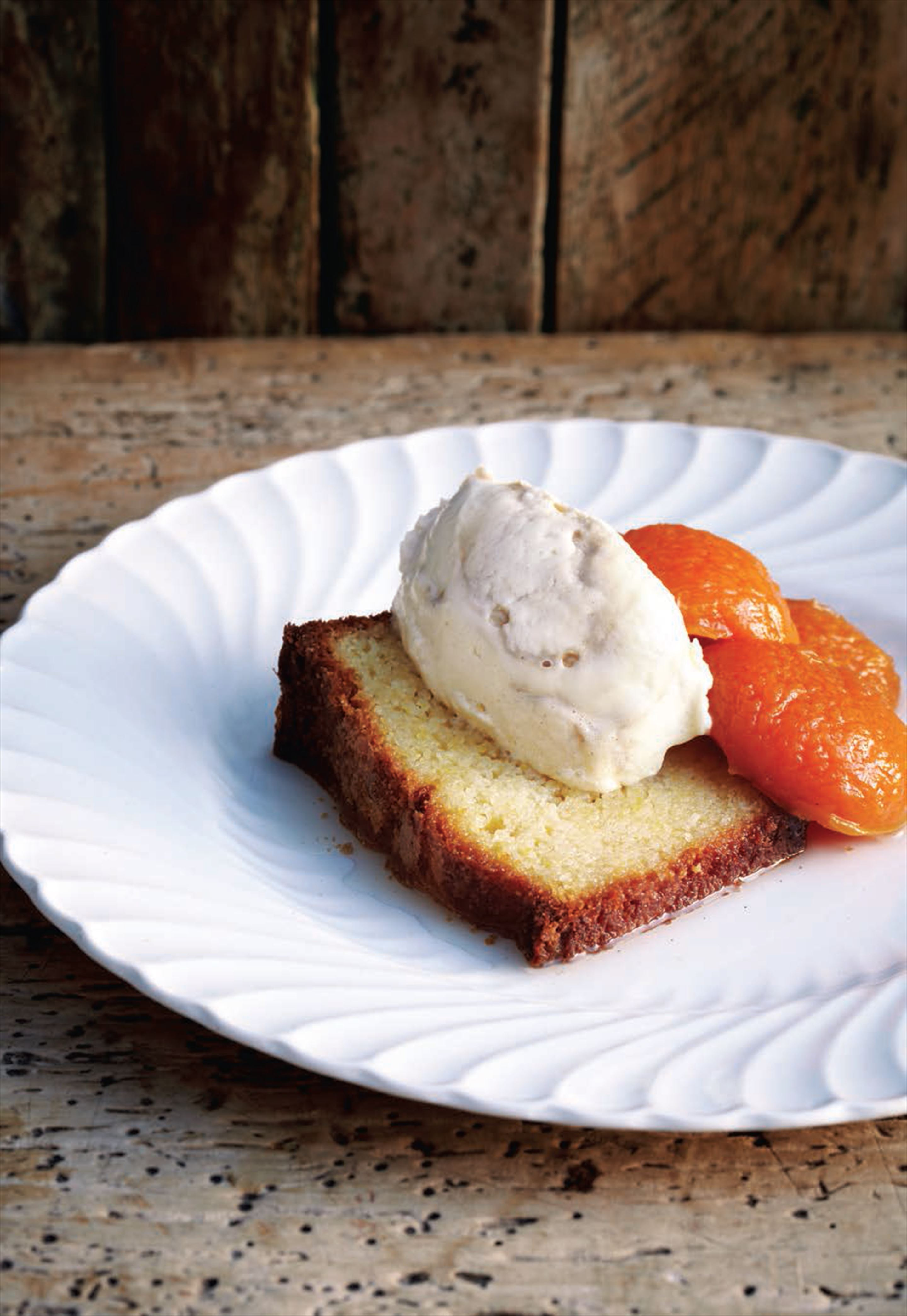 Almond cake with poached apricots and yoghurt cream
