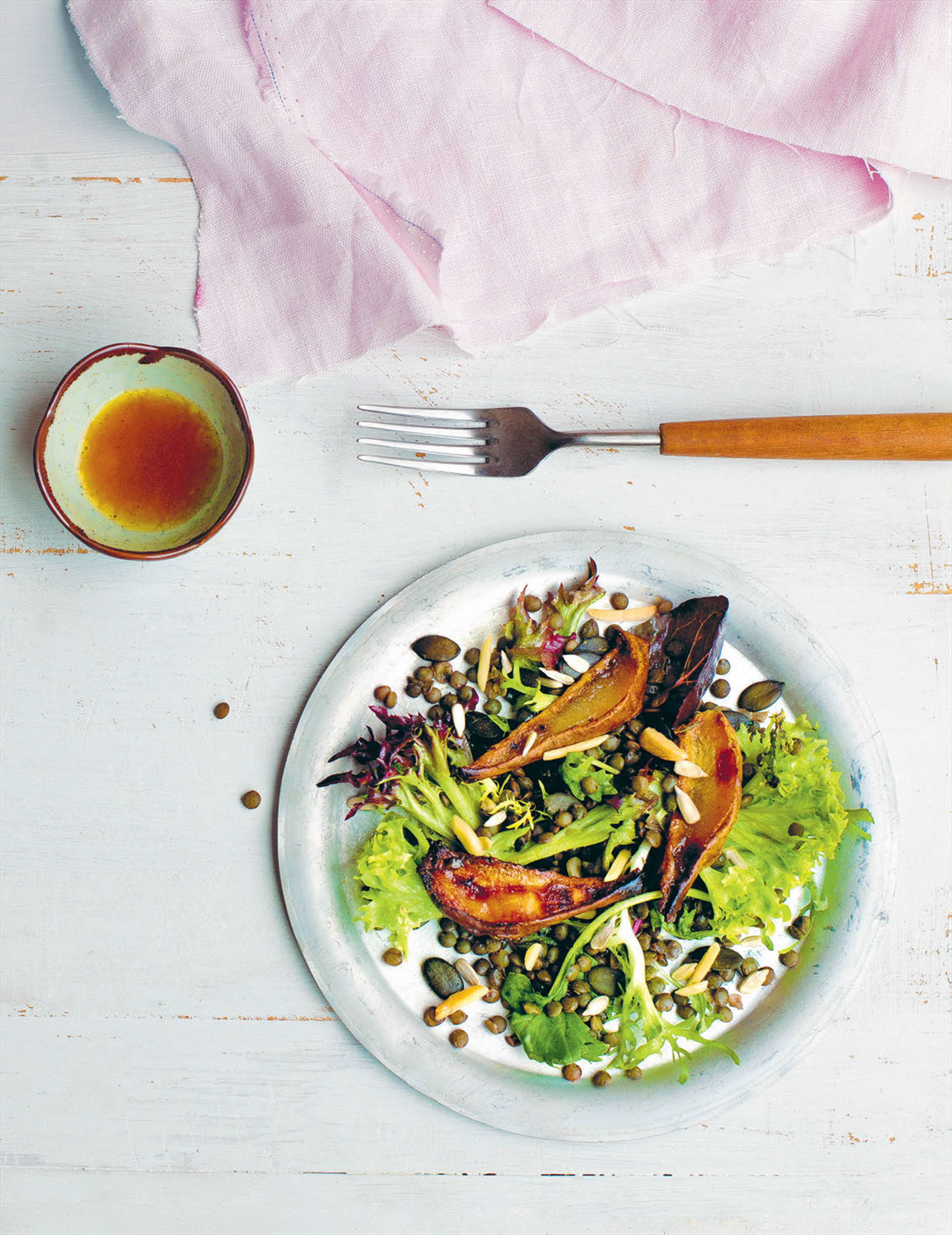 Roasted pear and lentil salad