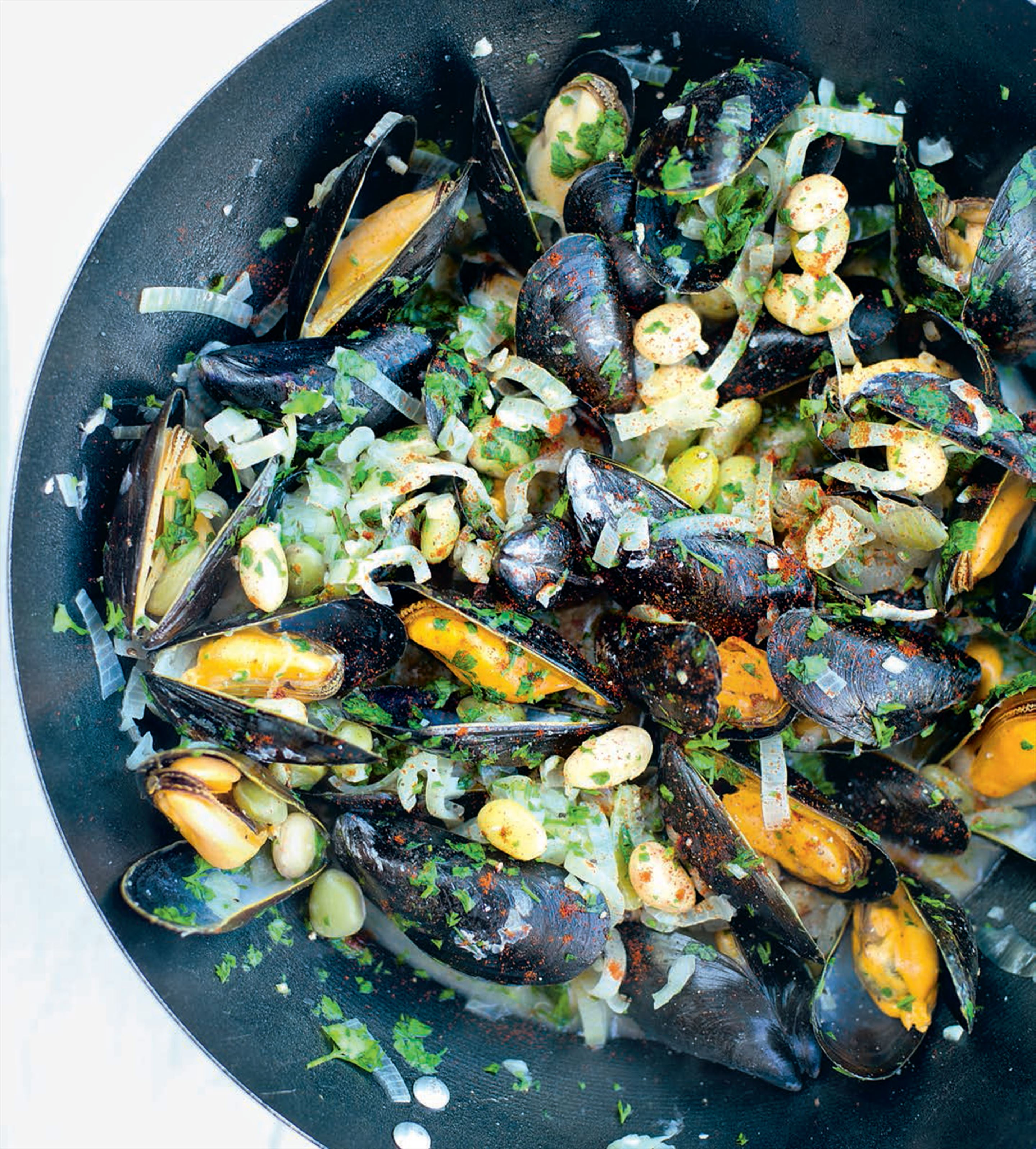 Borlottis with mussels
