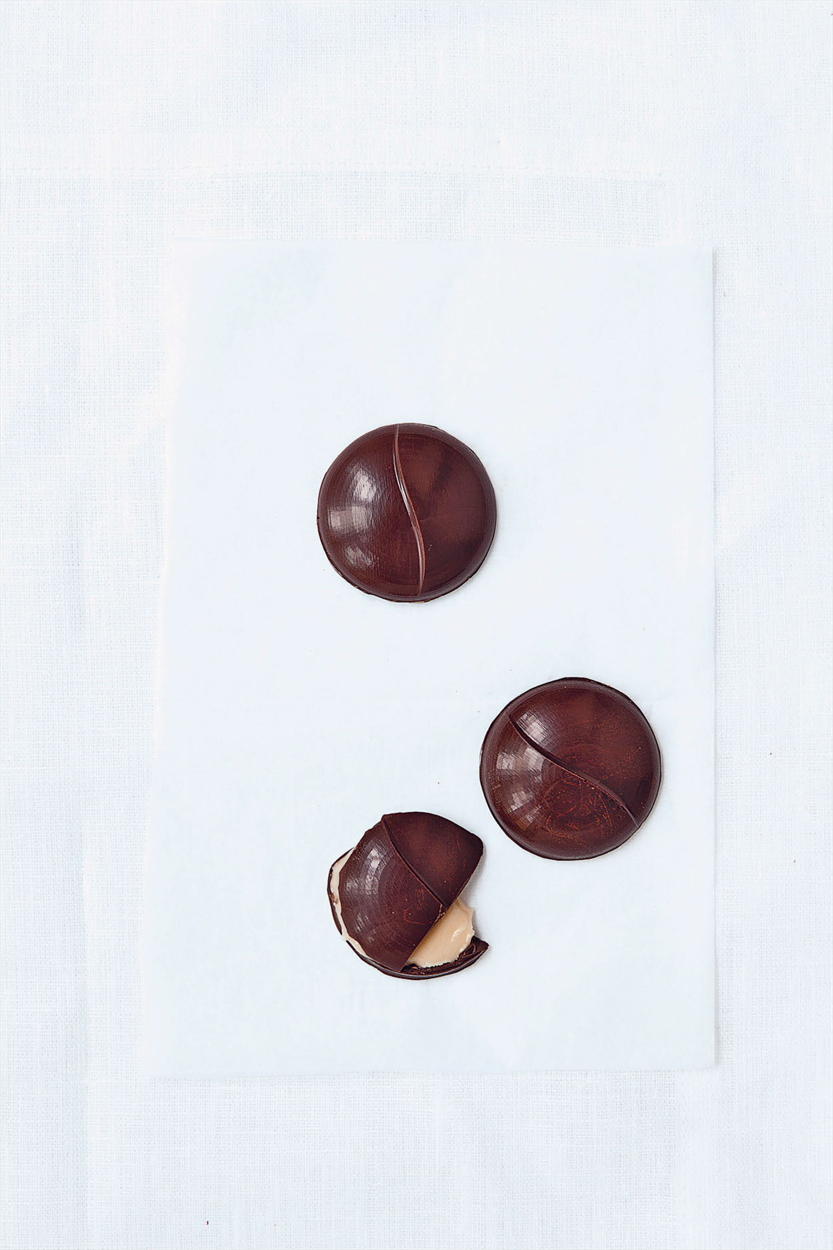 Coffee liquor fondant-filled chocolates