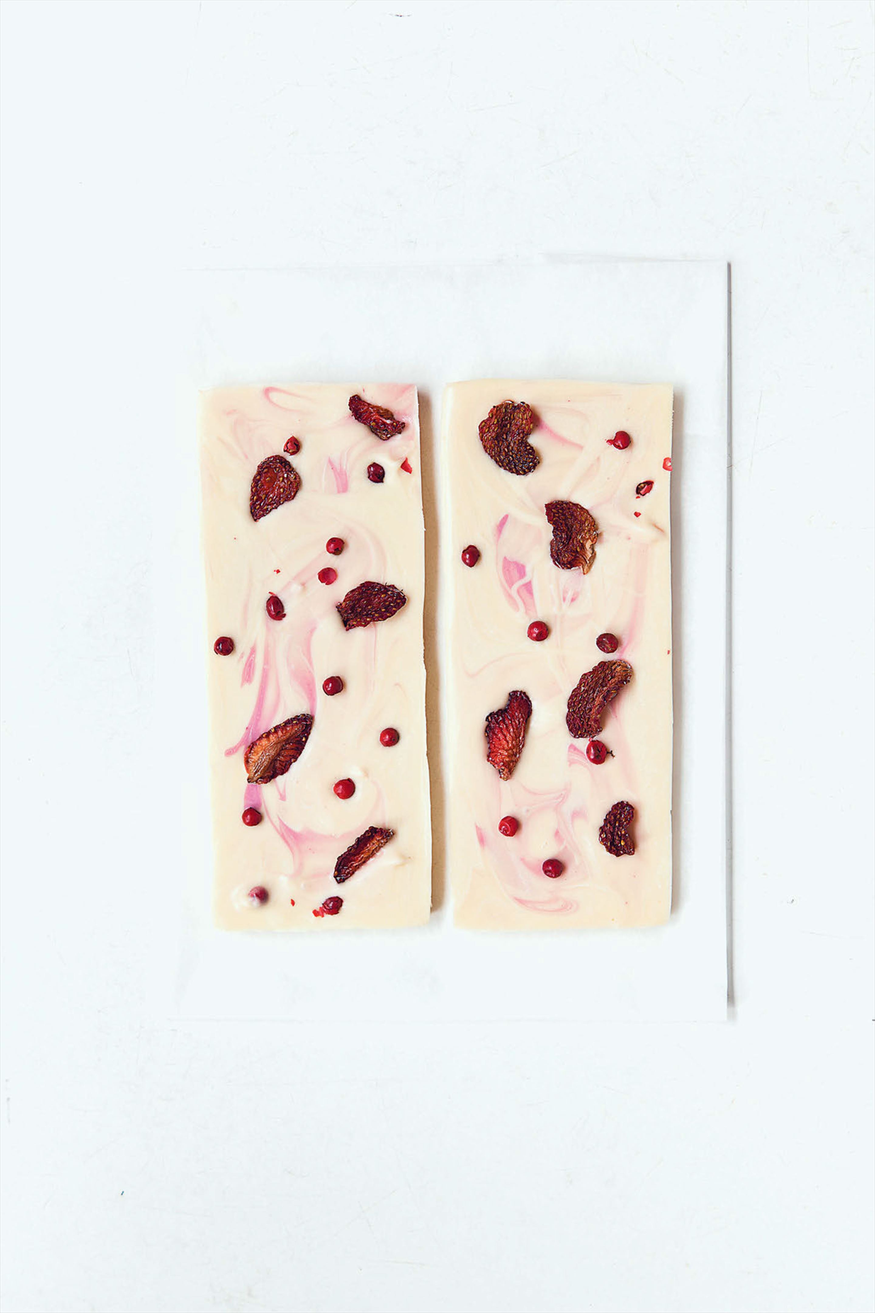Strawberry and pink peppercorn chocolate slab