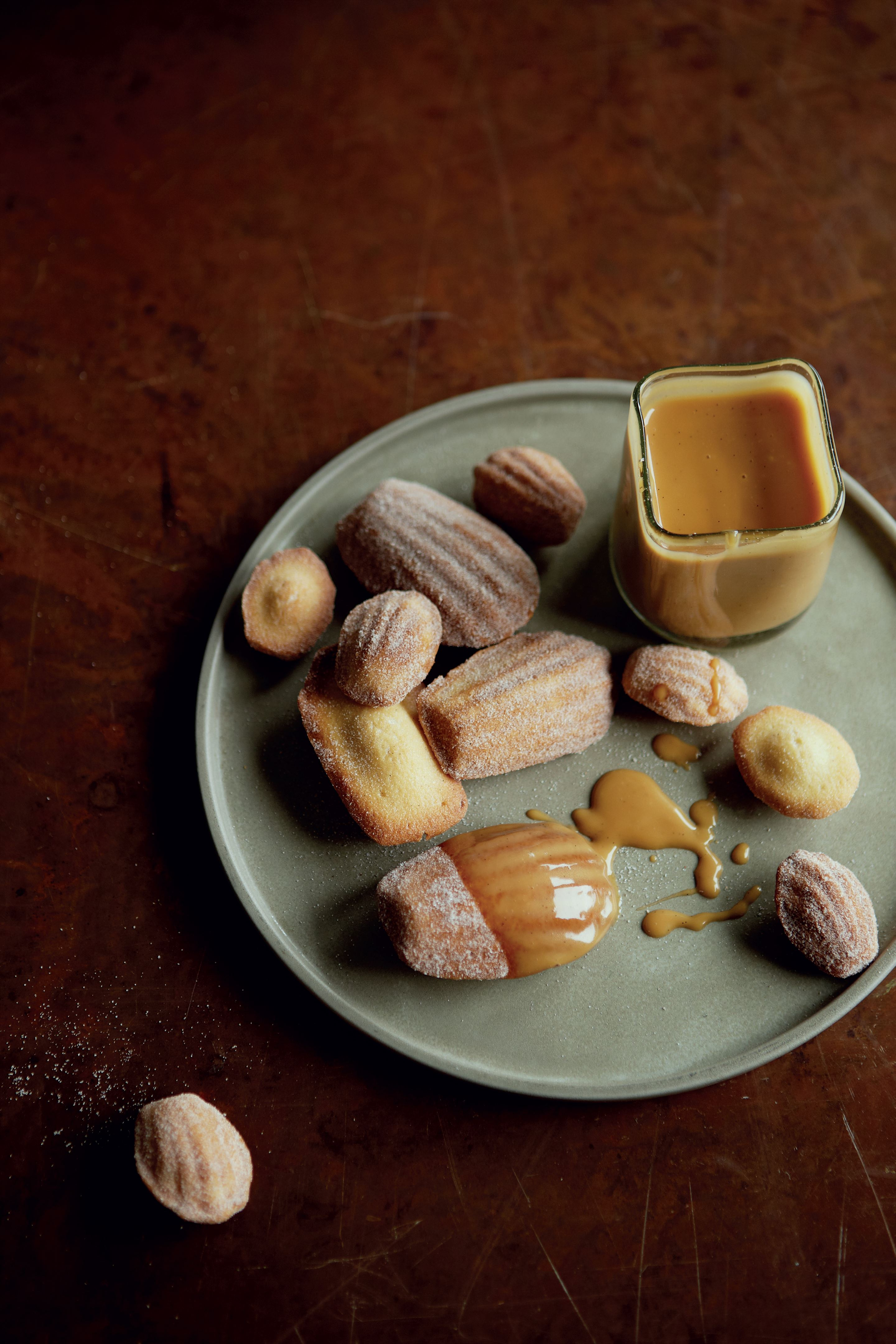 Cinnamon madeleines with winter-spiced caramel sauce