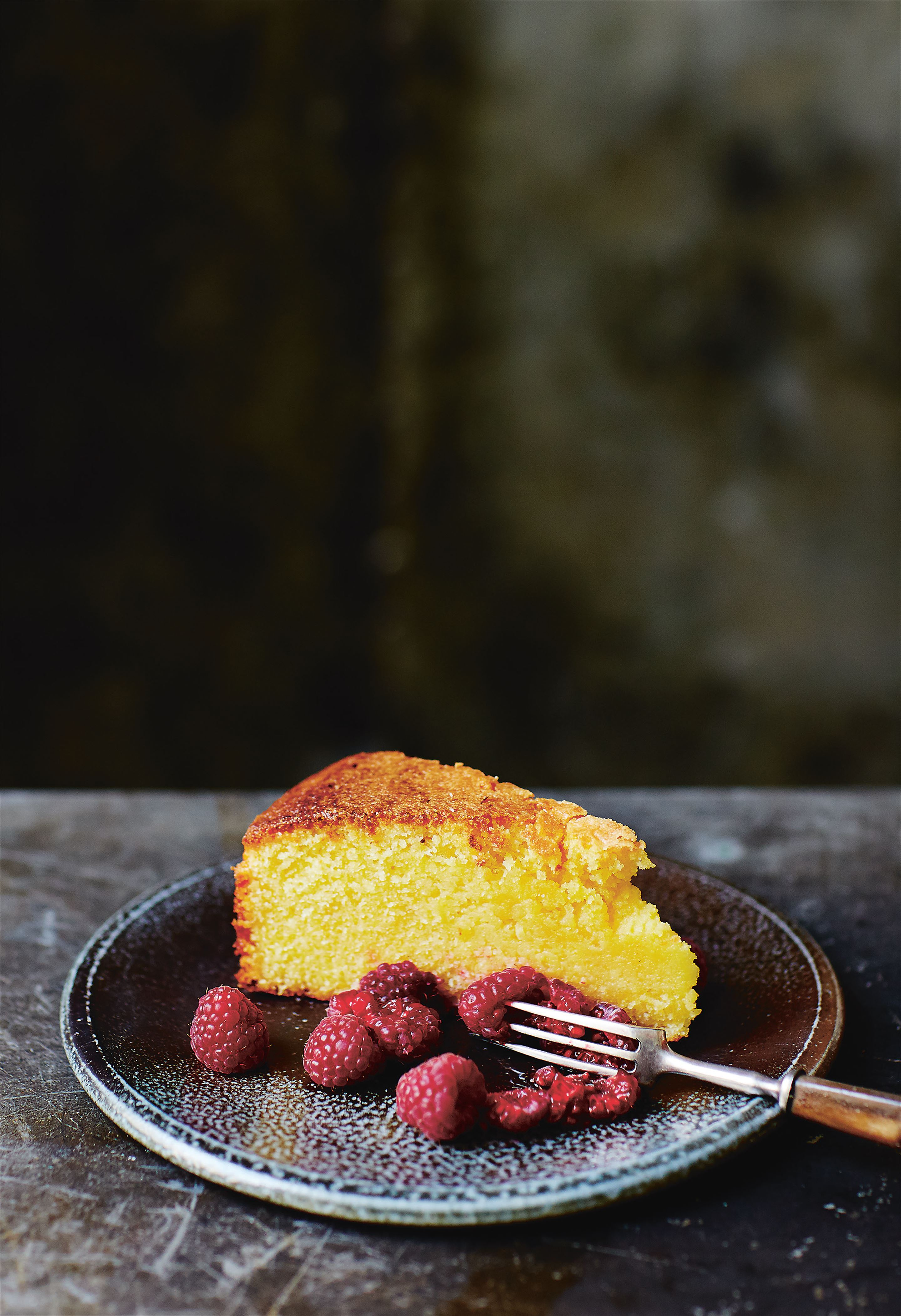 Olive oil cake with lemon and rosemary