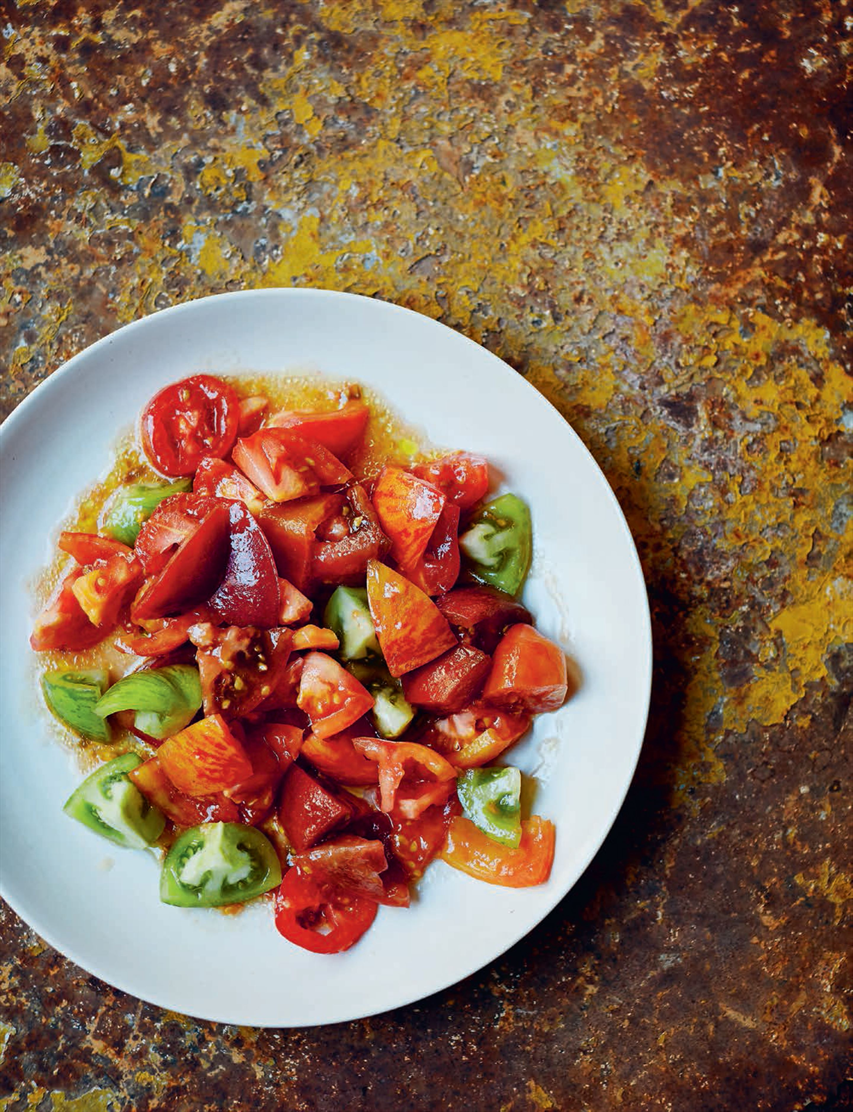 Tomato salad with olive oil