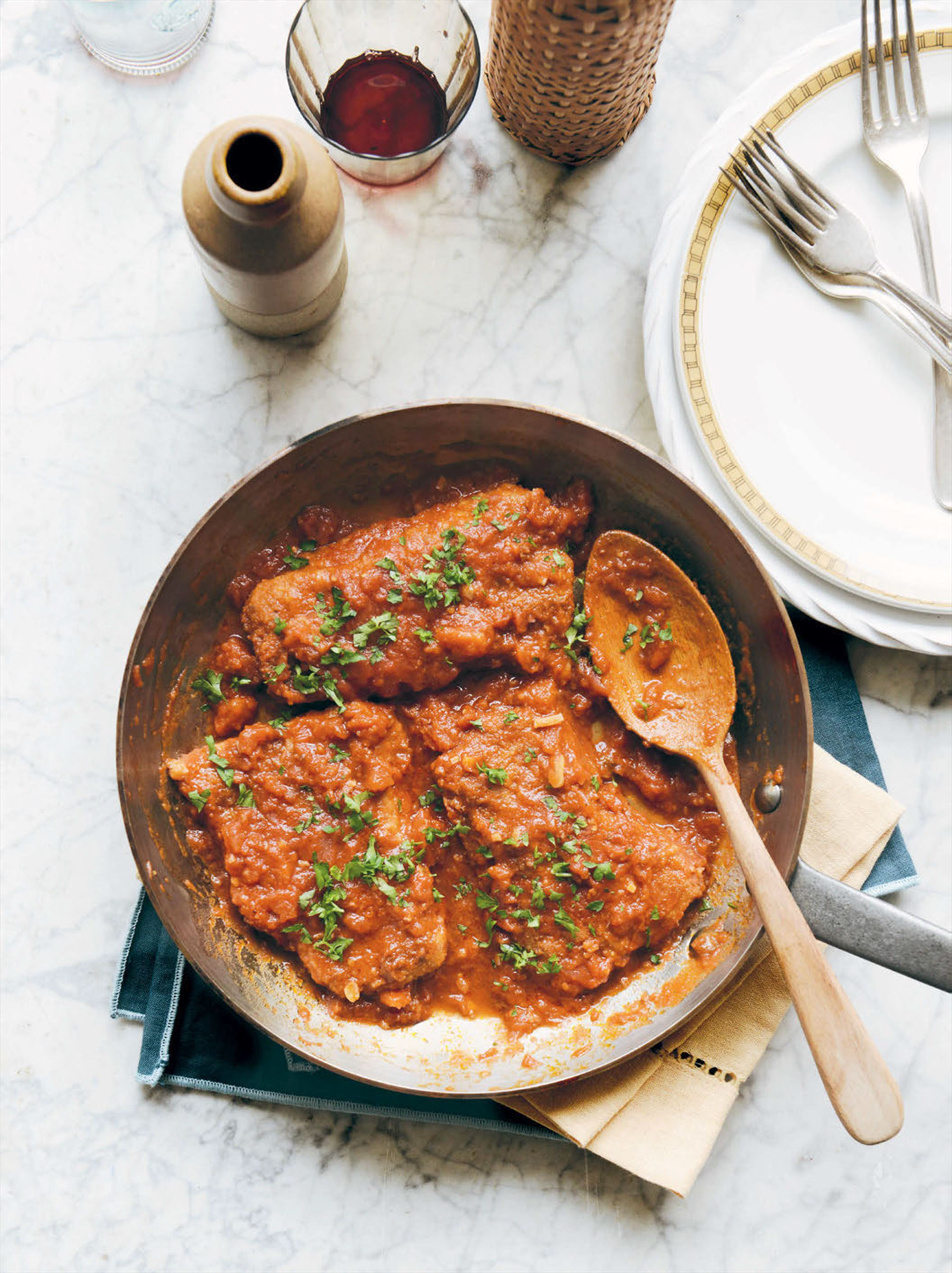 Crumbed beef in tomato sauce