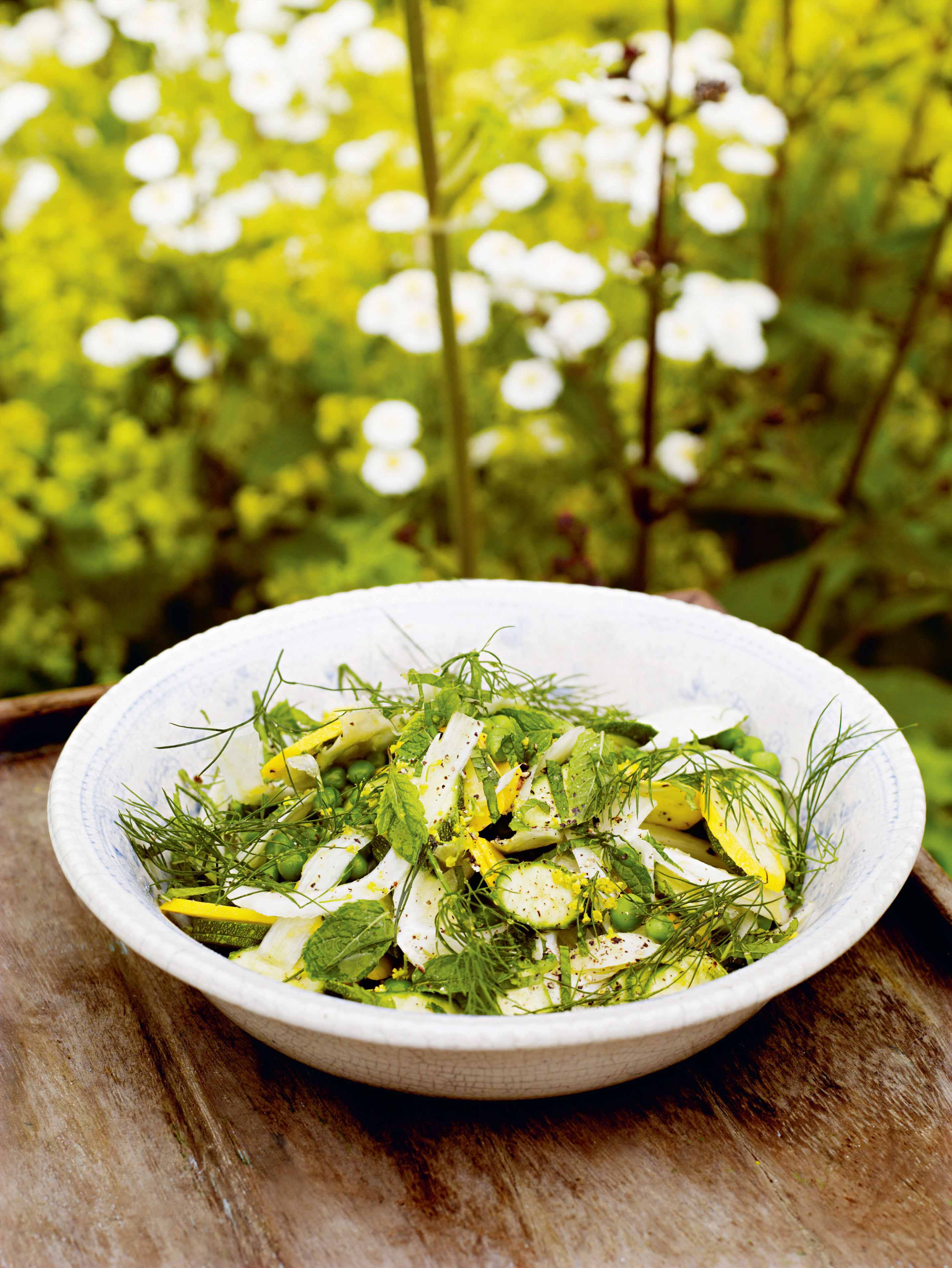 Raw courgettes with fennel, pea, mint, dill & lemon
