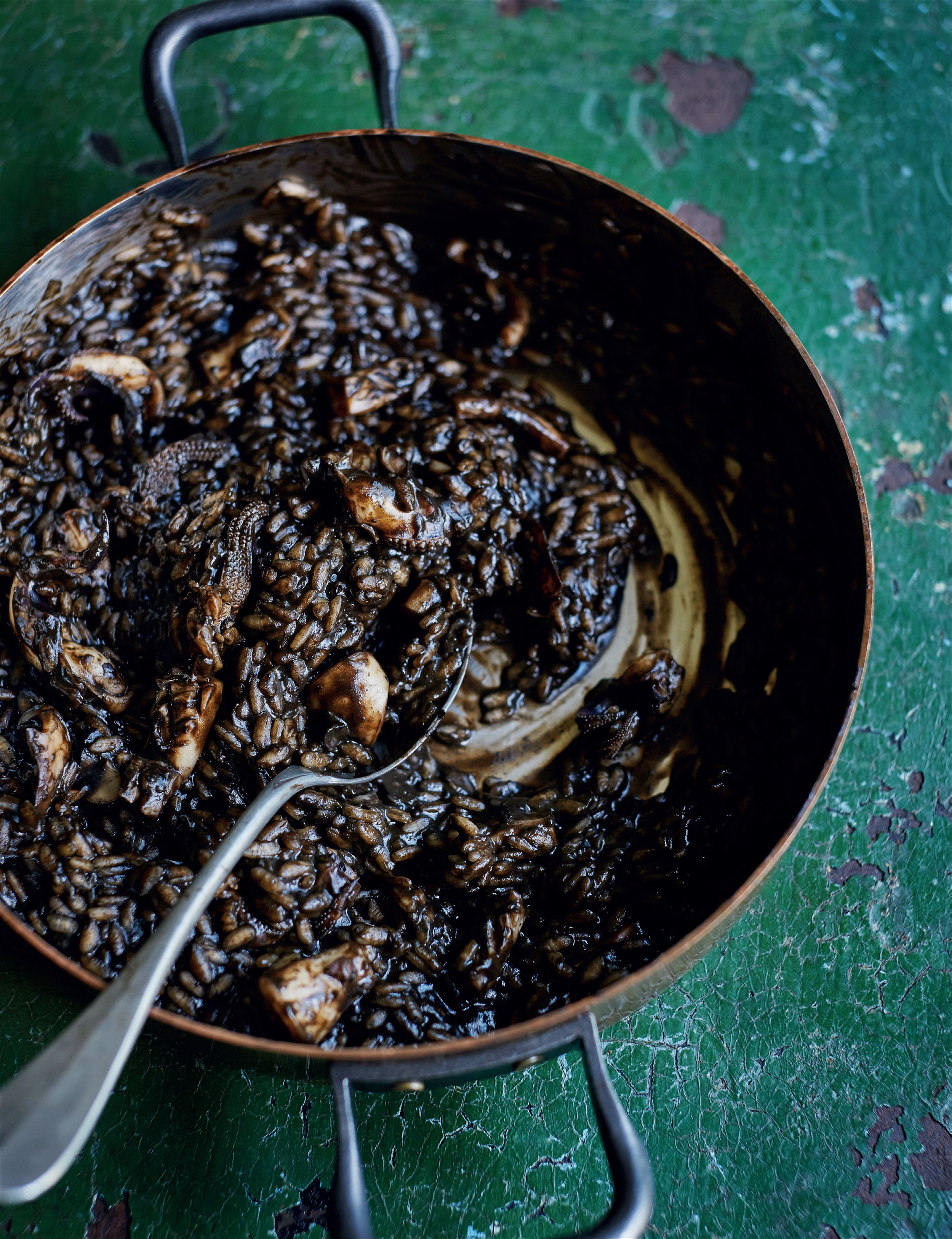 Black risotto with cuttlefish