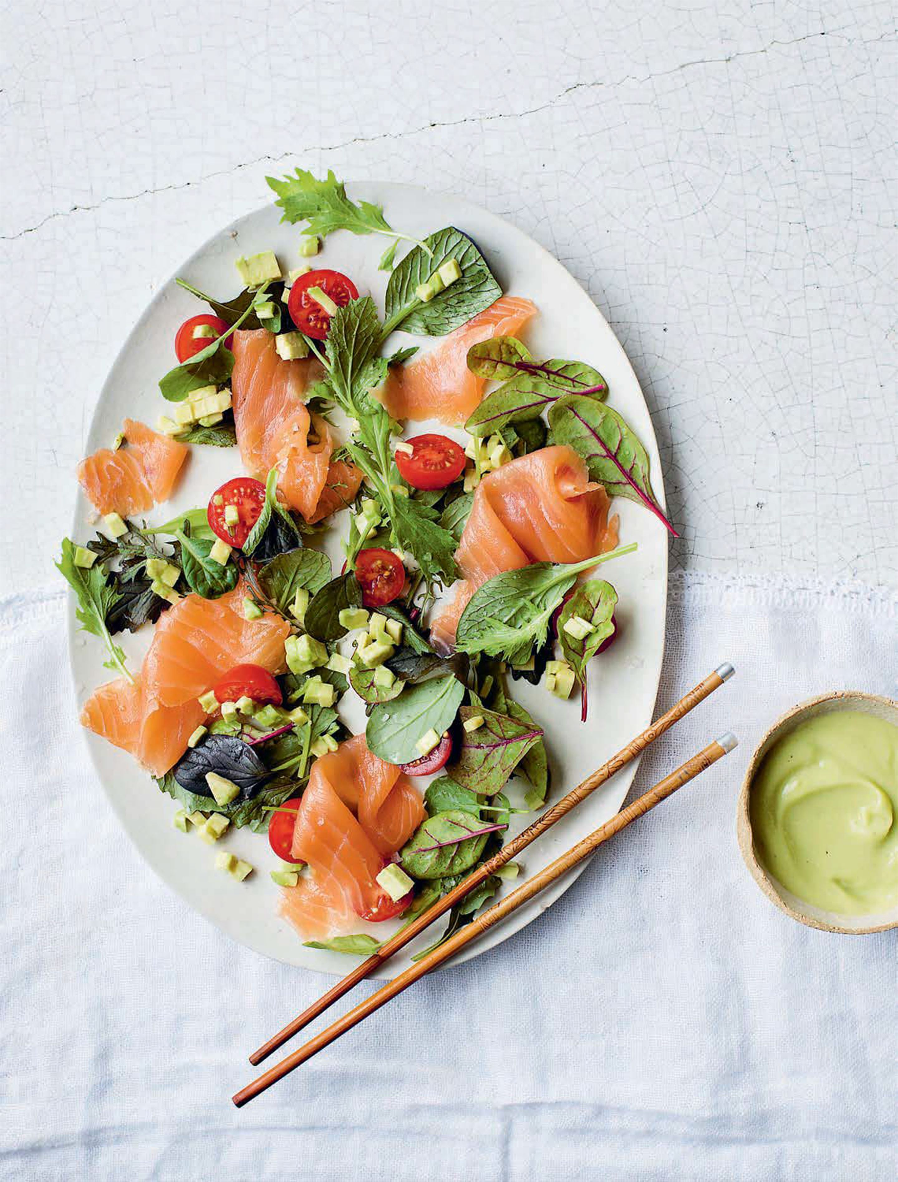 Avocado and smoked salmon salad