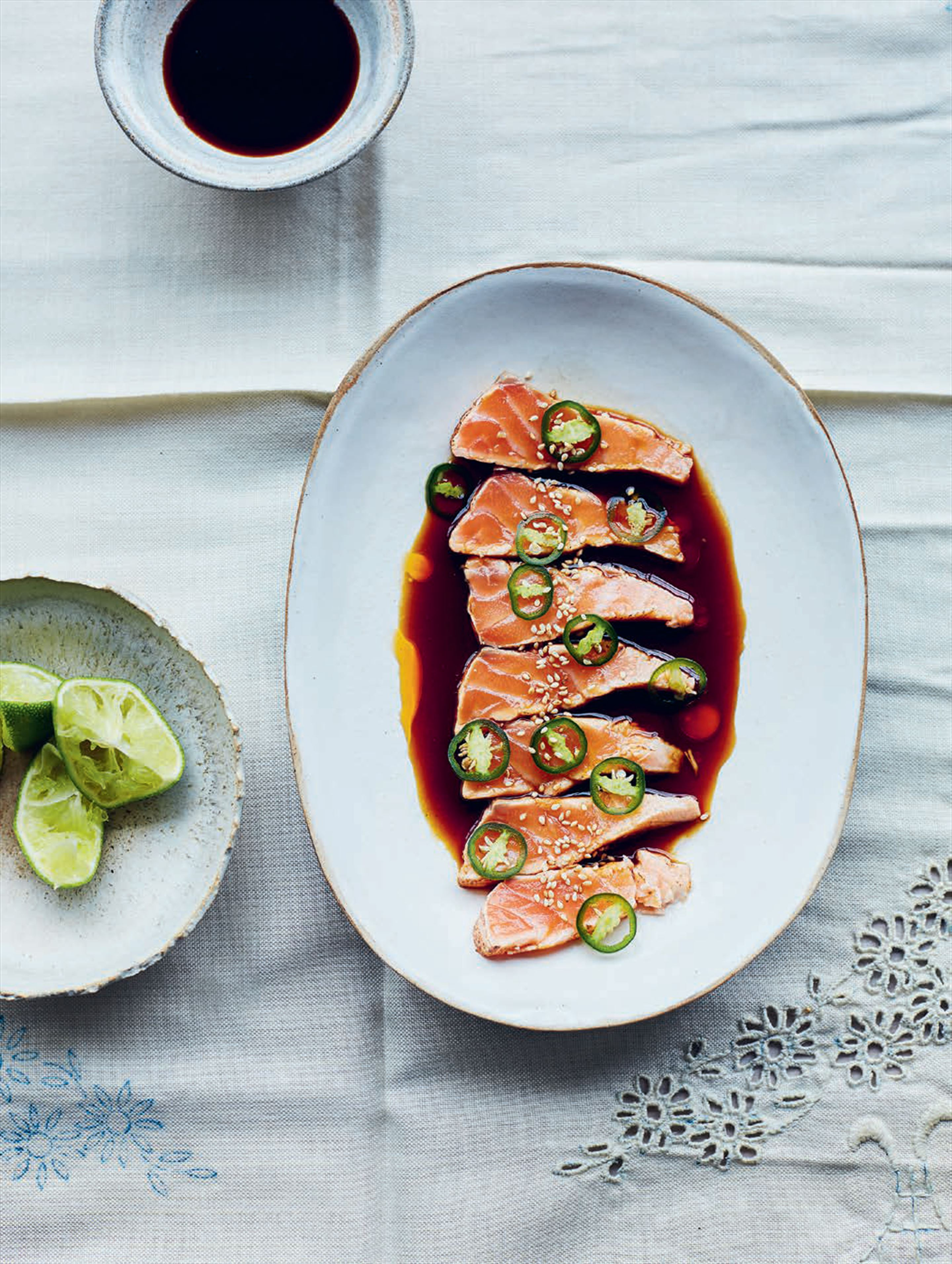 Salmon tataki with ponzu and green chillies