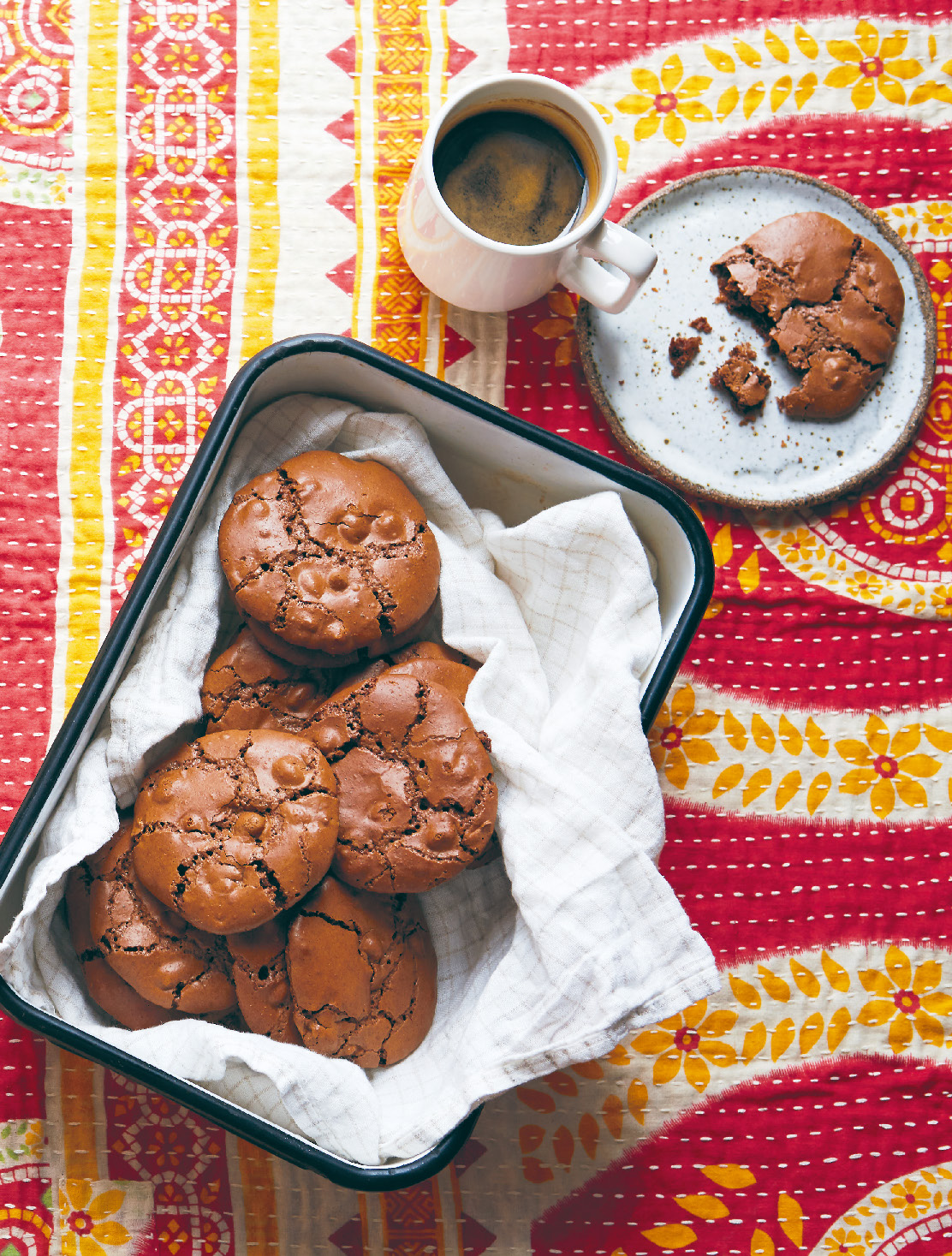 Chocolate & fennel cookies