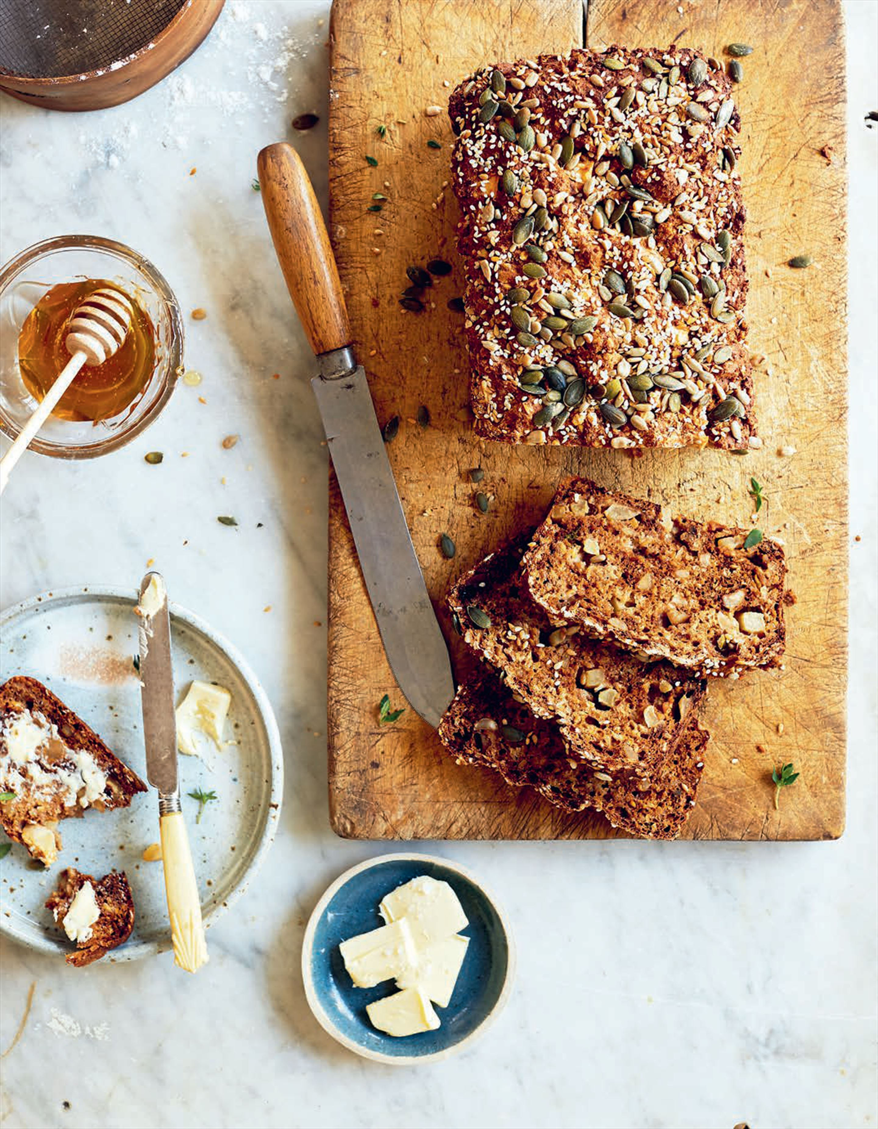 Seeded apple bread with honey & thyme