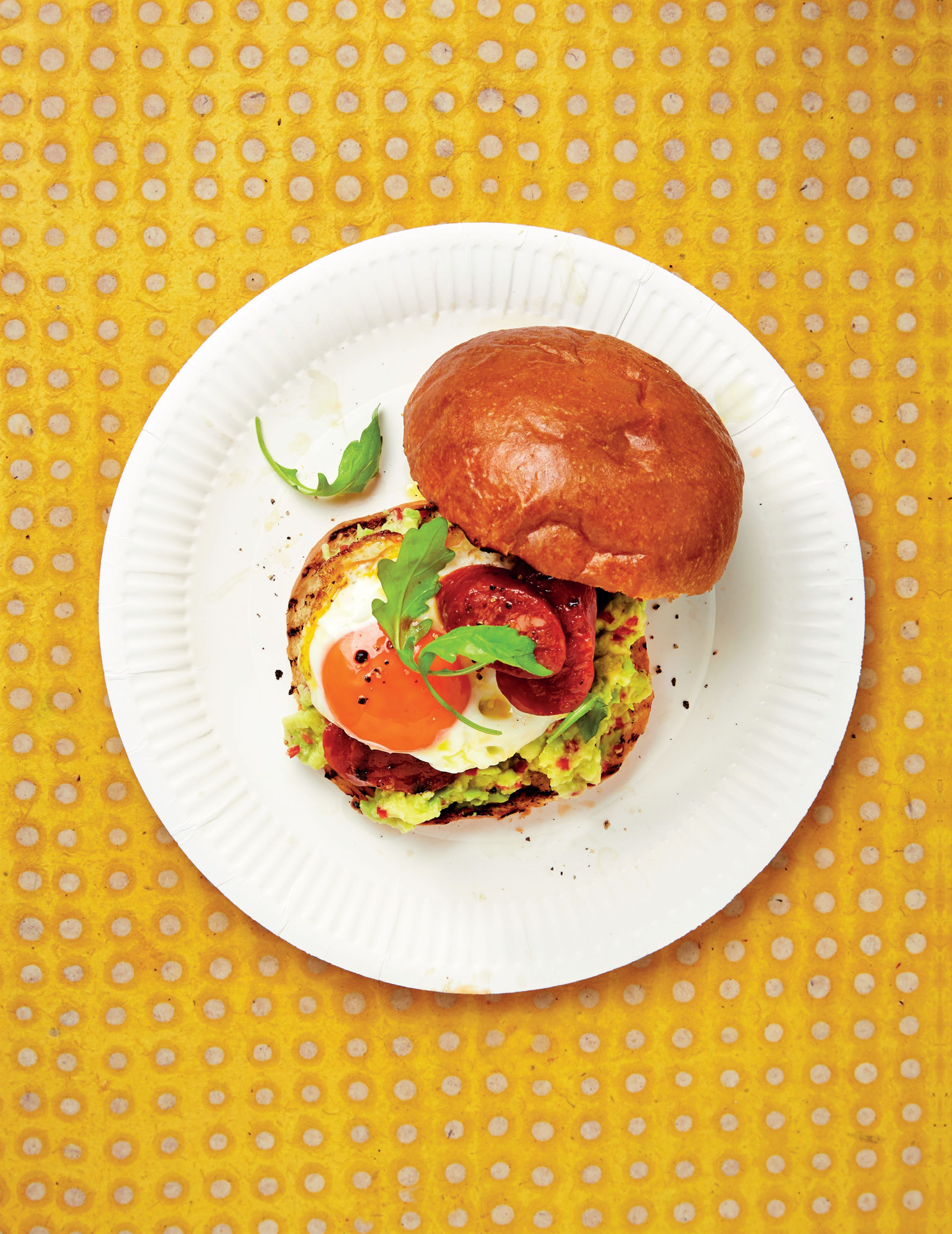 Crisp fried egg & chorizo bap