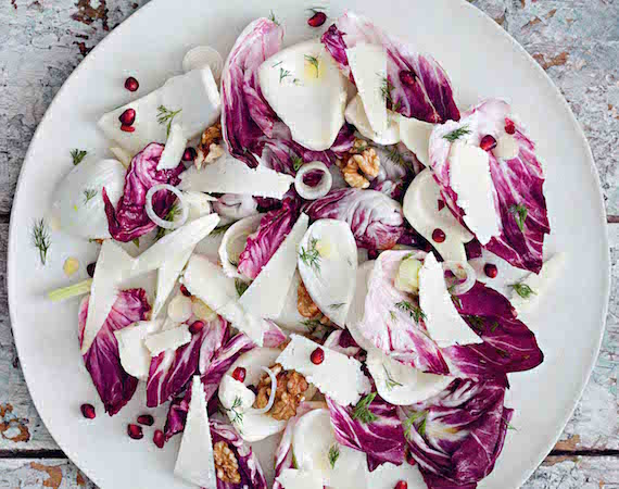 Walnut and fennel salad