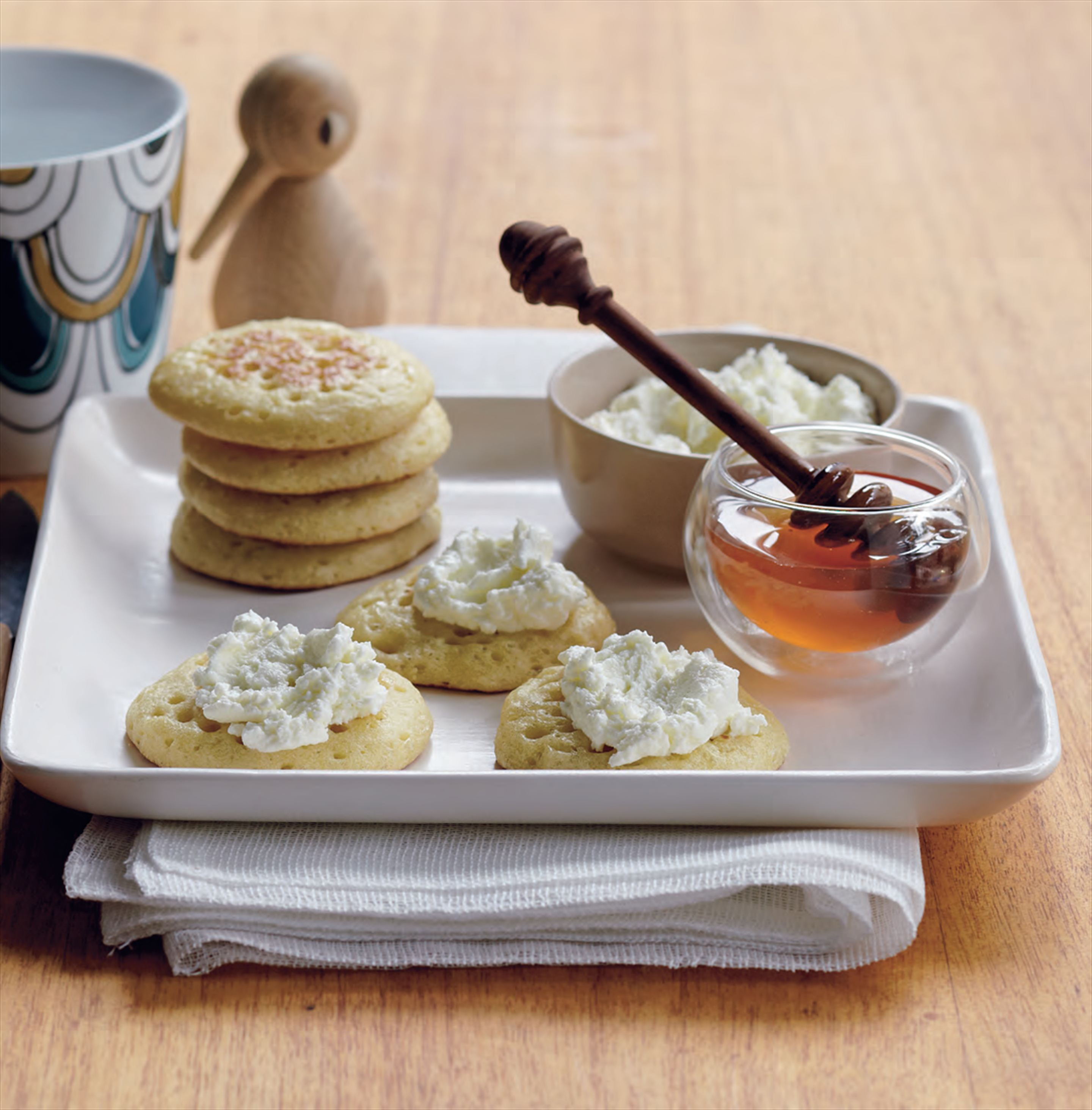 Crumpets with goat's curd and lavender honey
