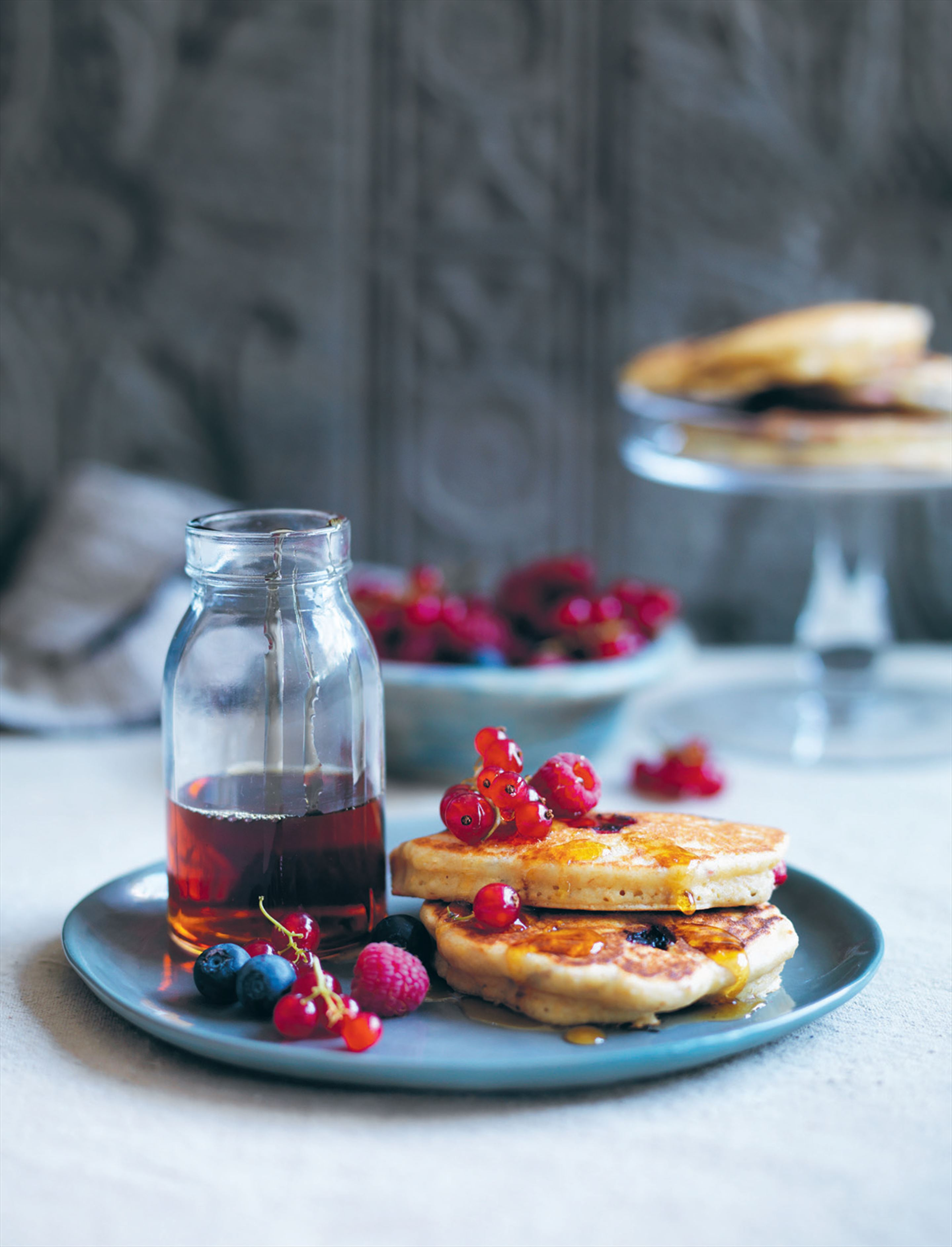 Wholemeal almond berry pikelets