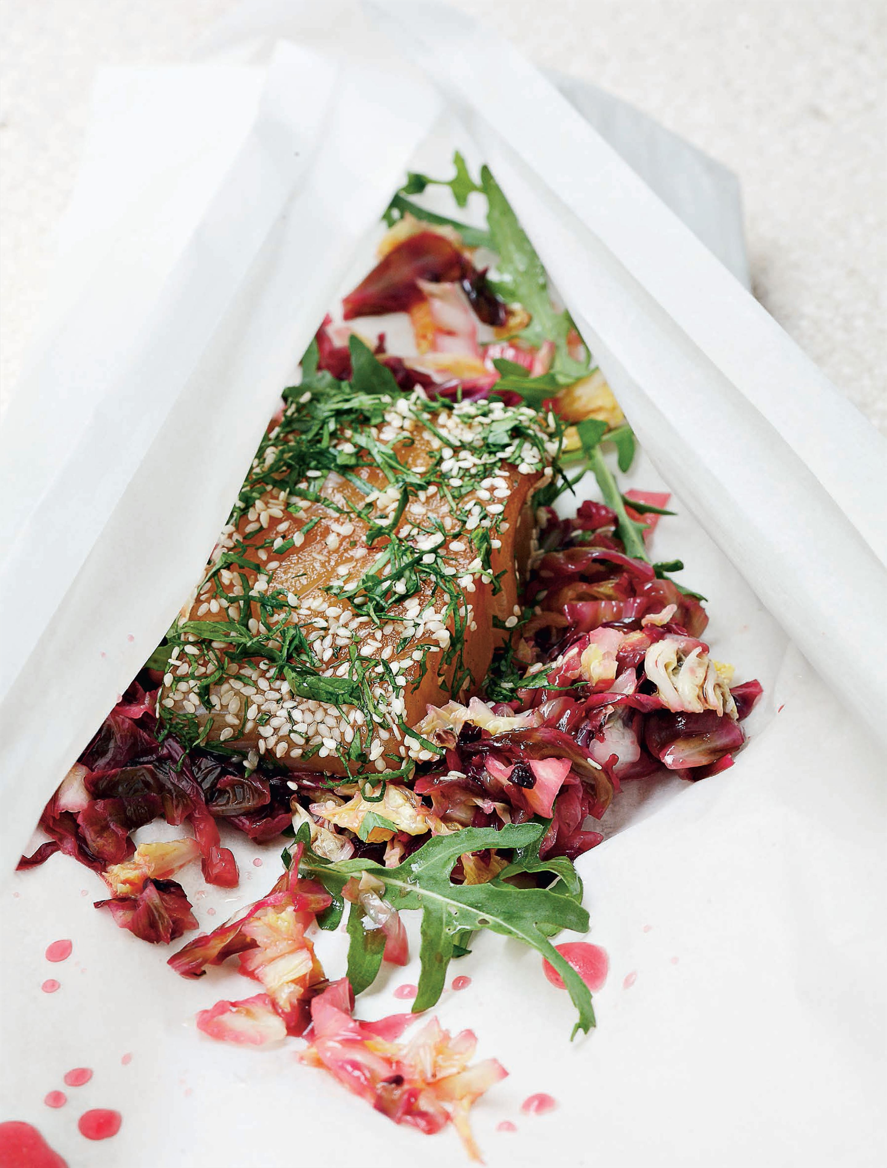 Pollock parcels with Chinese cabbage and radicchio
