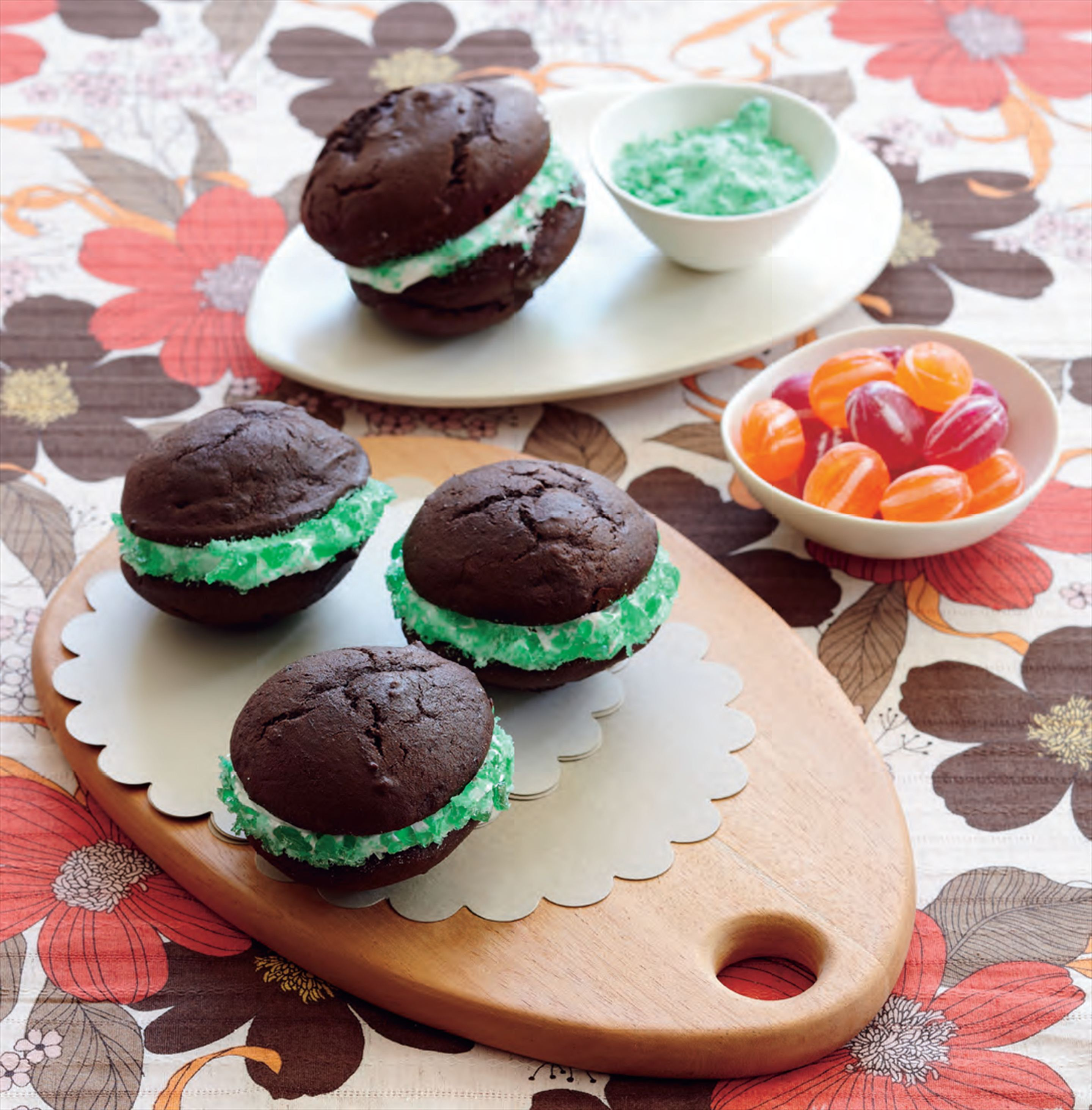 Choc-mint whoopie pies with marshmallow frosting
