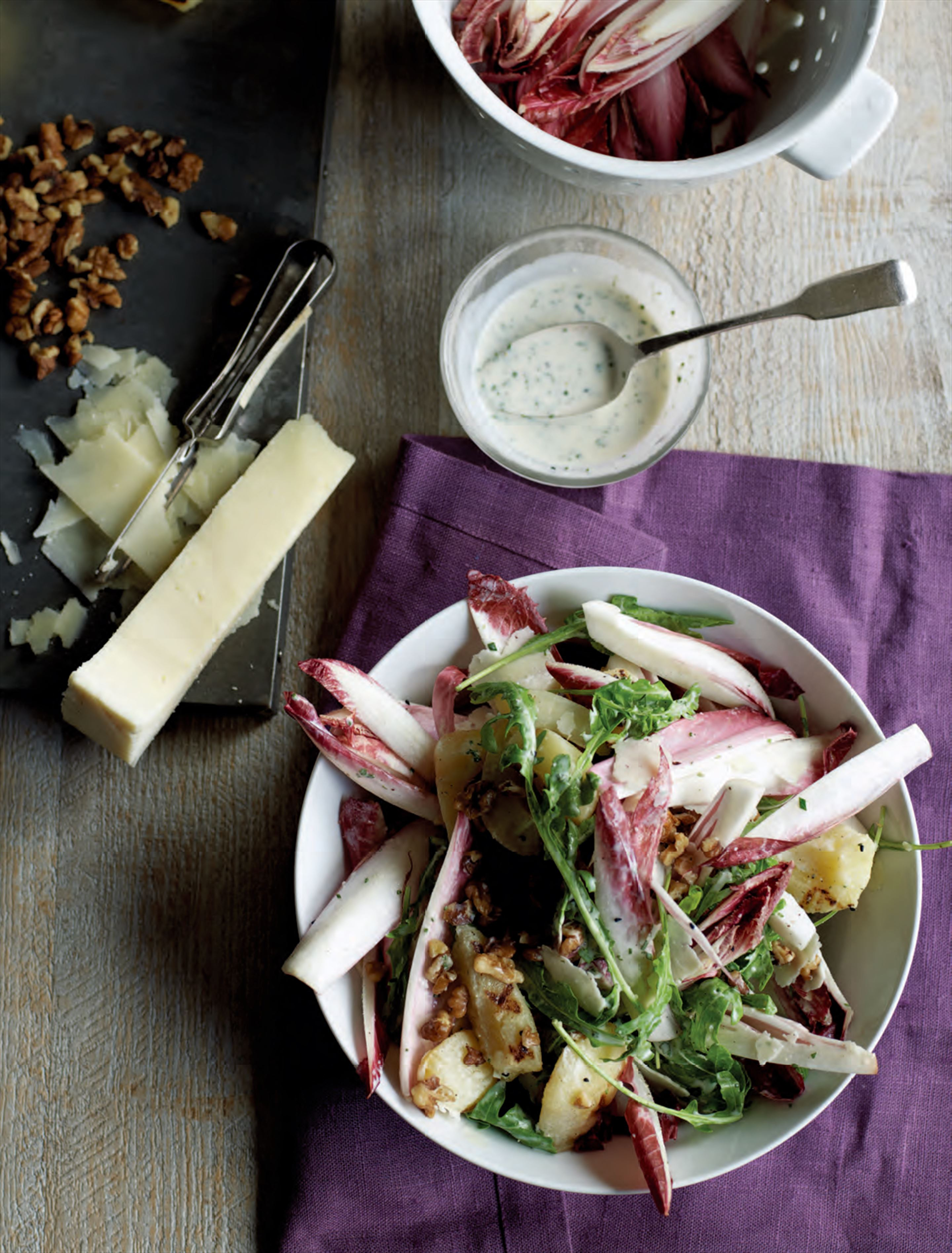 Endive, charred pear, pecorino & walnut salad