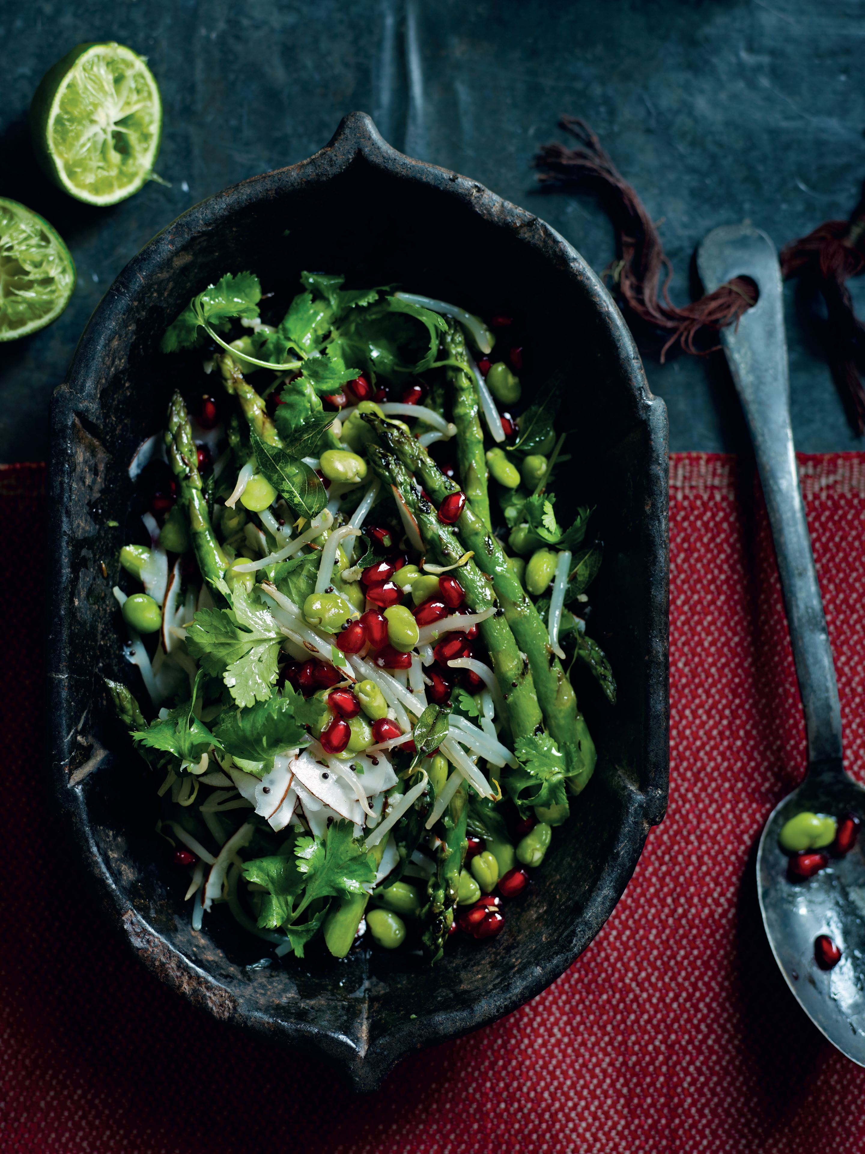Beansprout salad with chargrilled asparagus and coconut