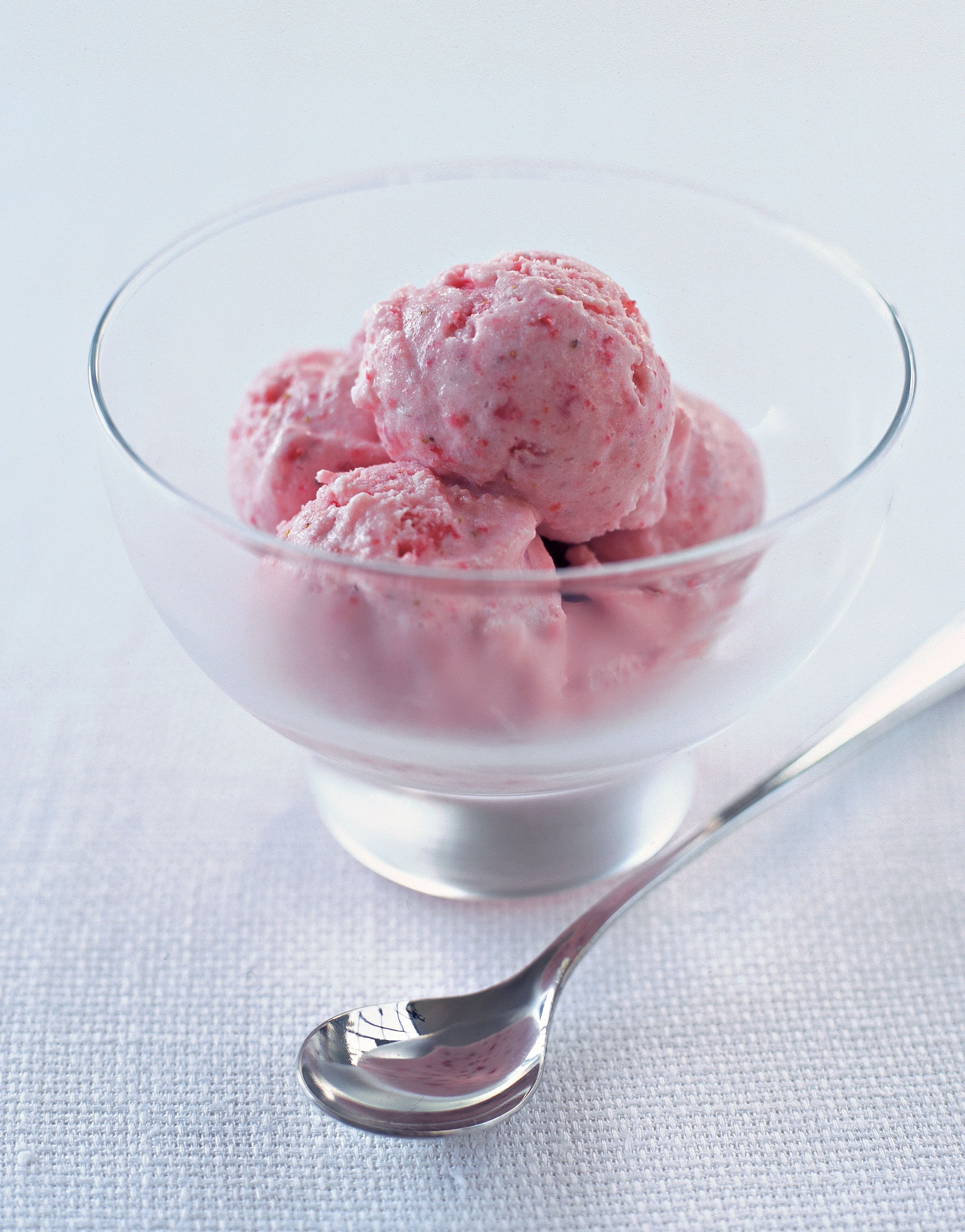 20-second strawberry ice cream