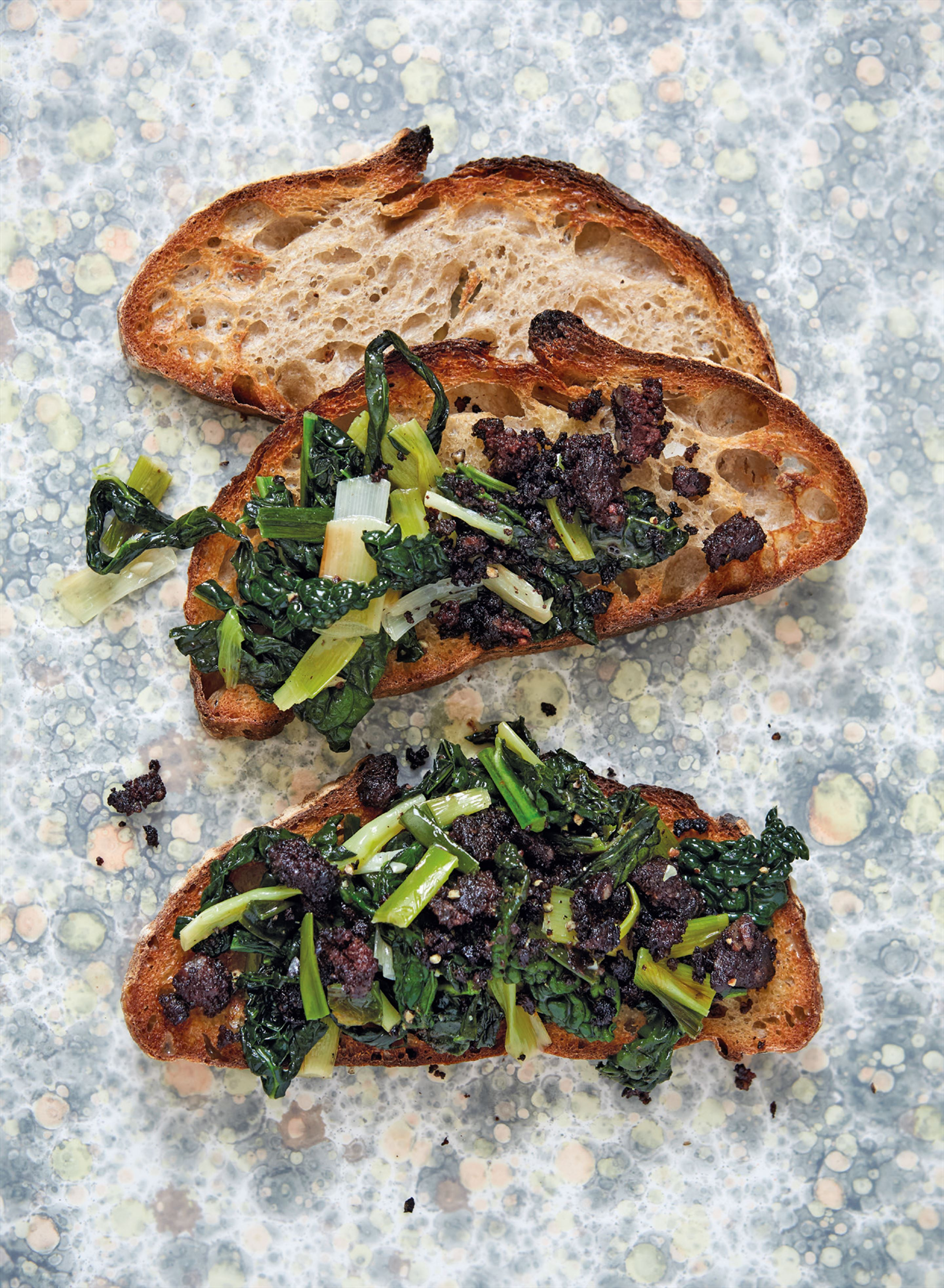 Buttery black cabbage with crumbled black pudding