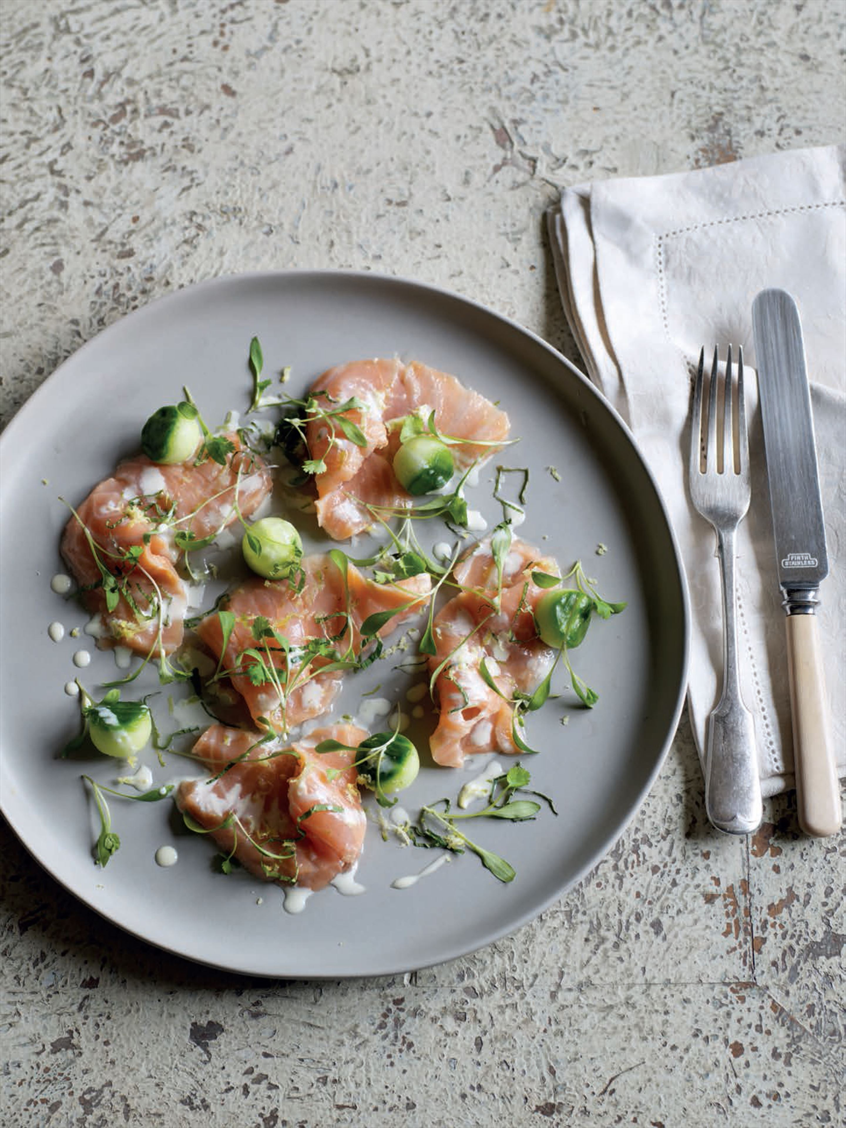 Pickled salmon with cucumber and mint