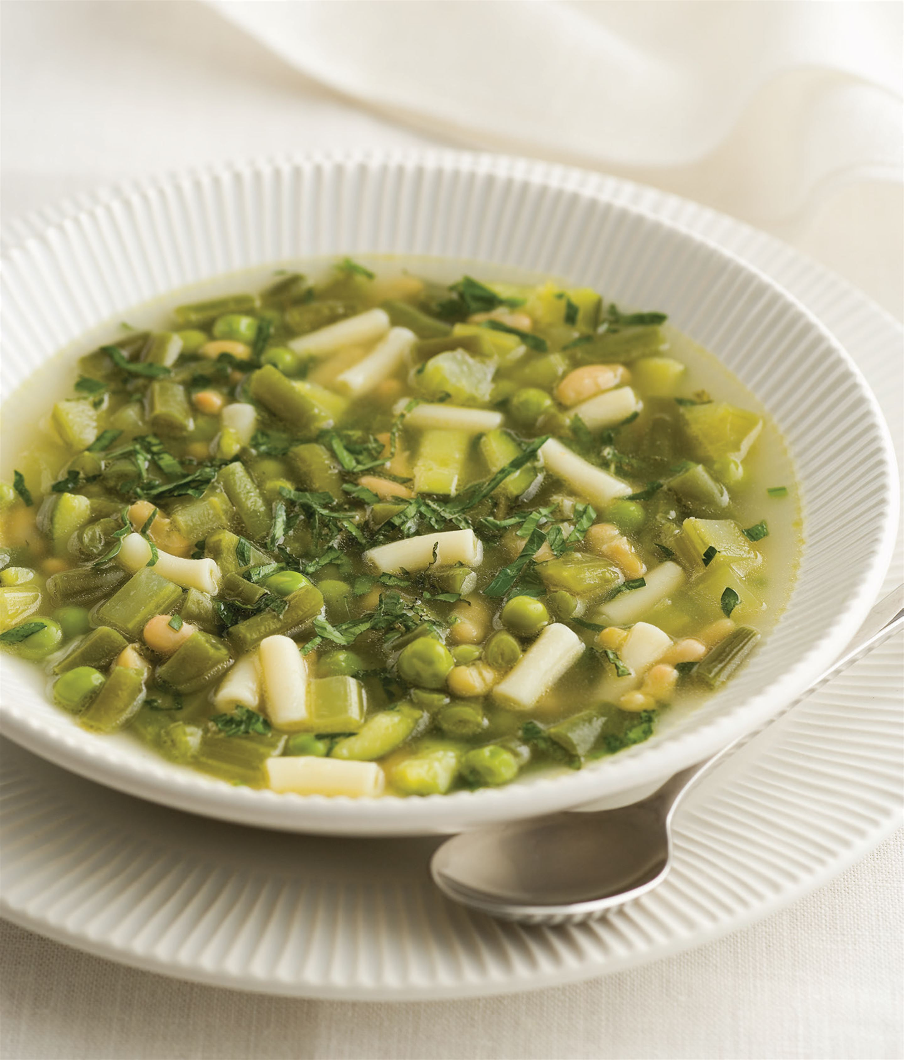 Green vegetable minestrone with mint