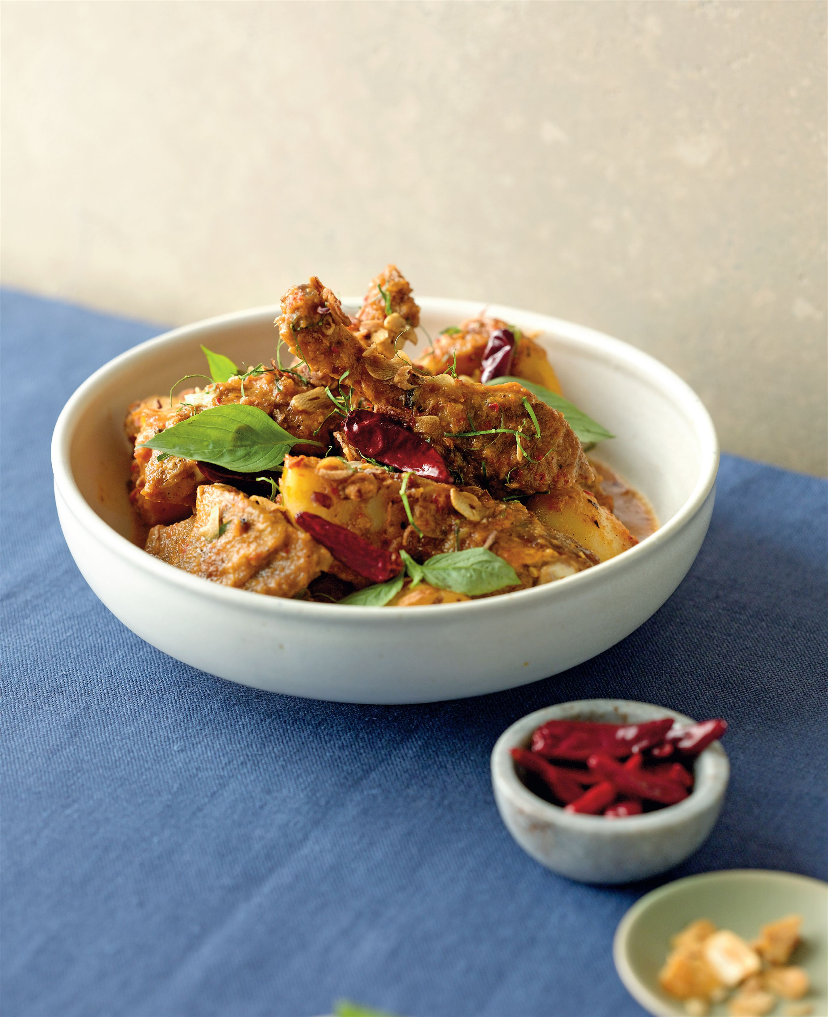 Aromatic duck curry