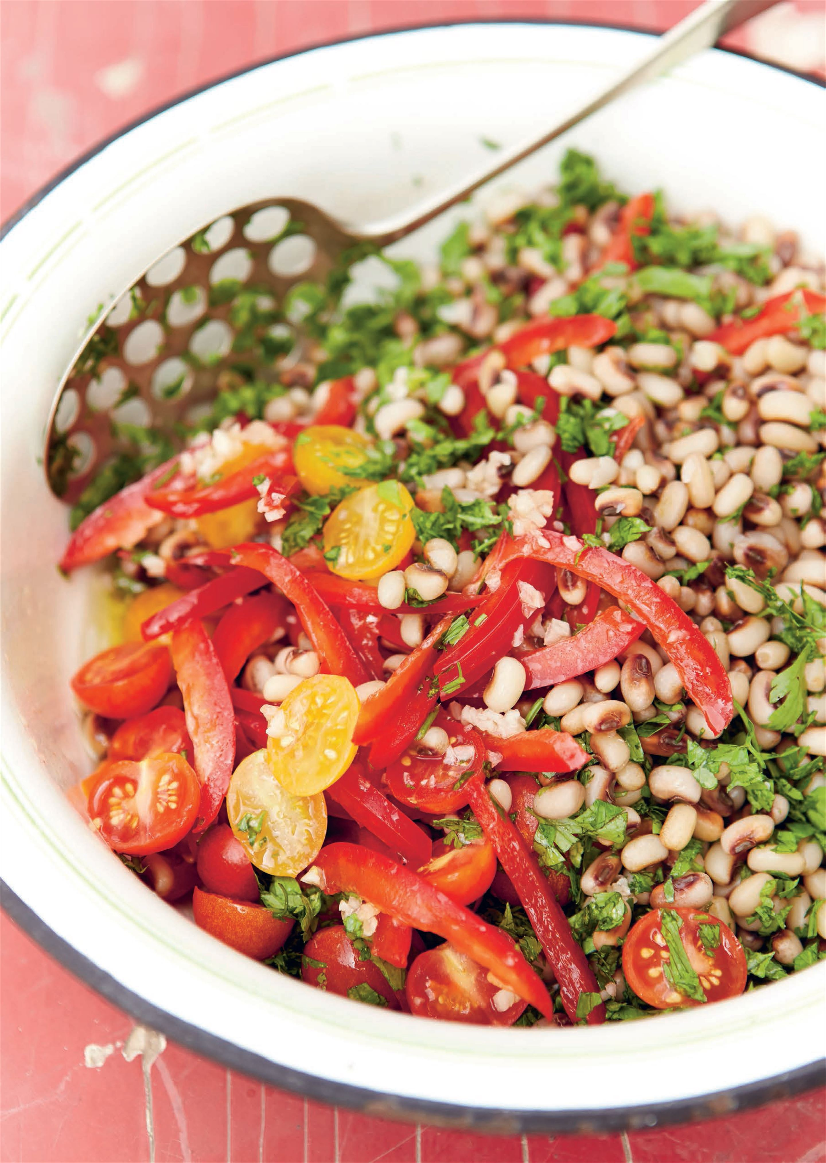 Black-eyed bean salad