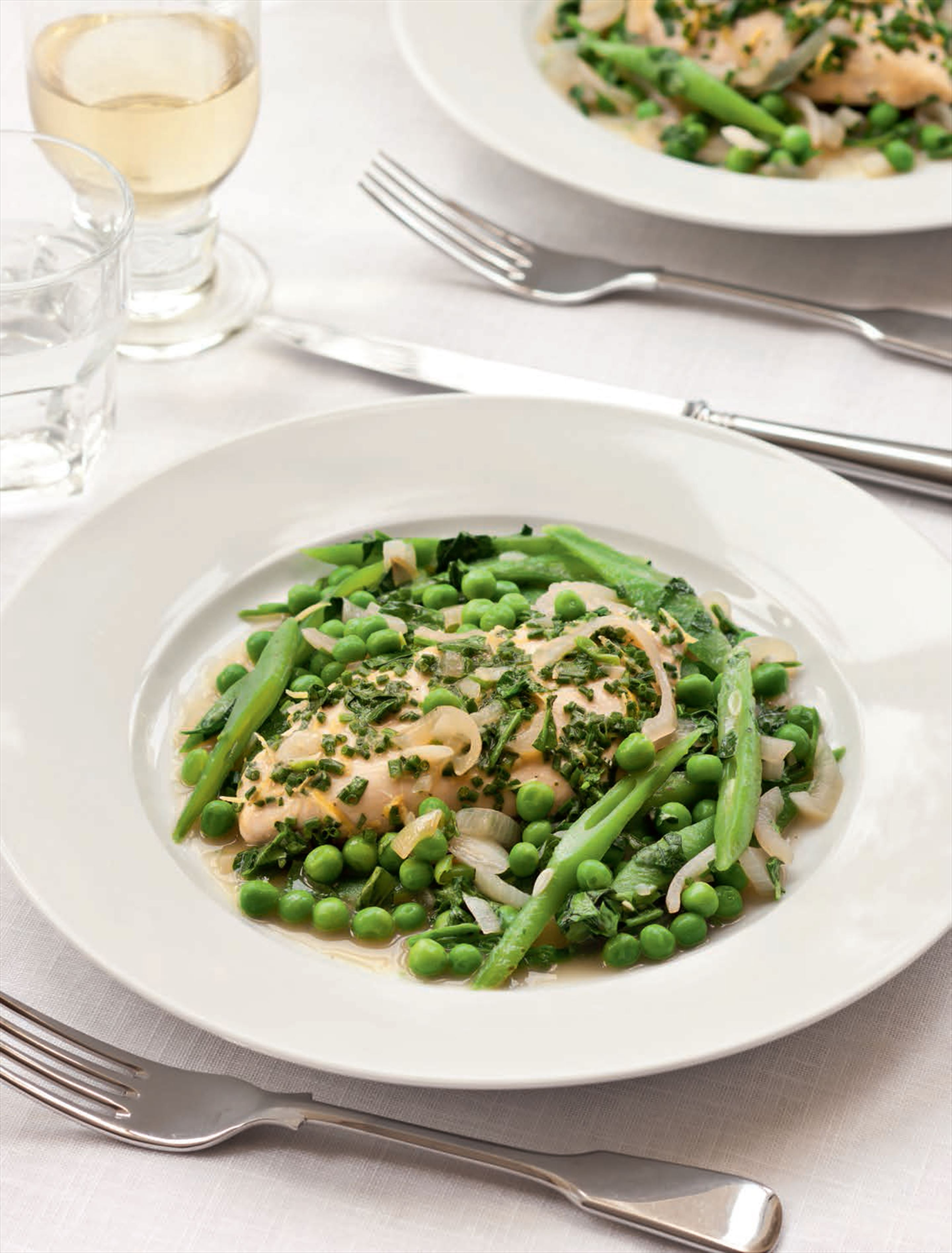 Chicken with mustard, chives, runner beans & peas