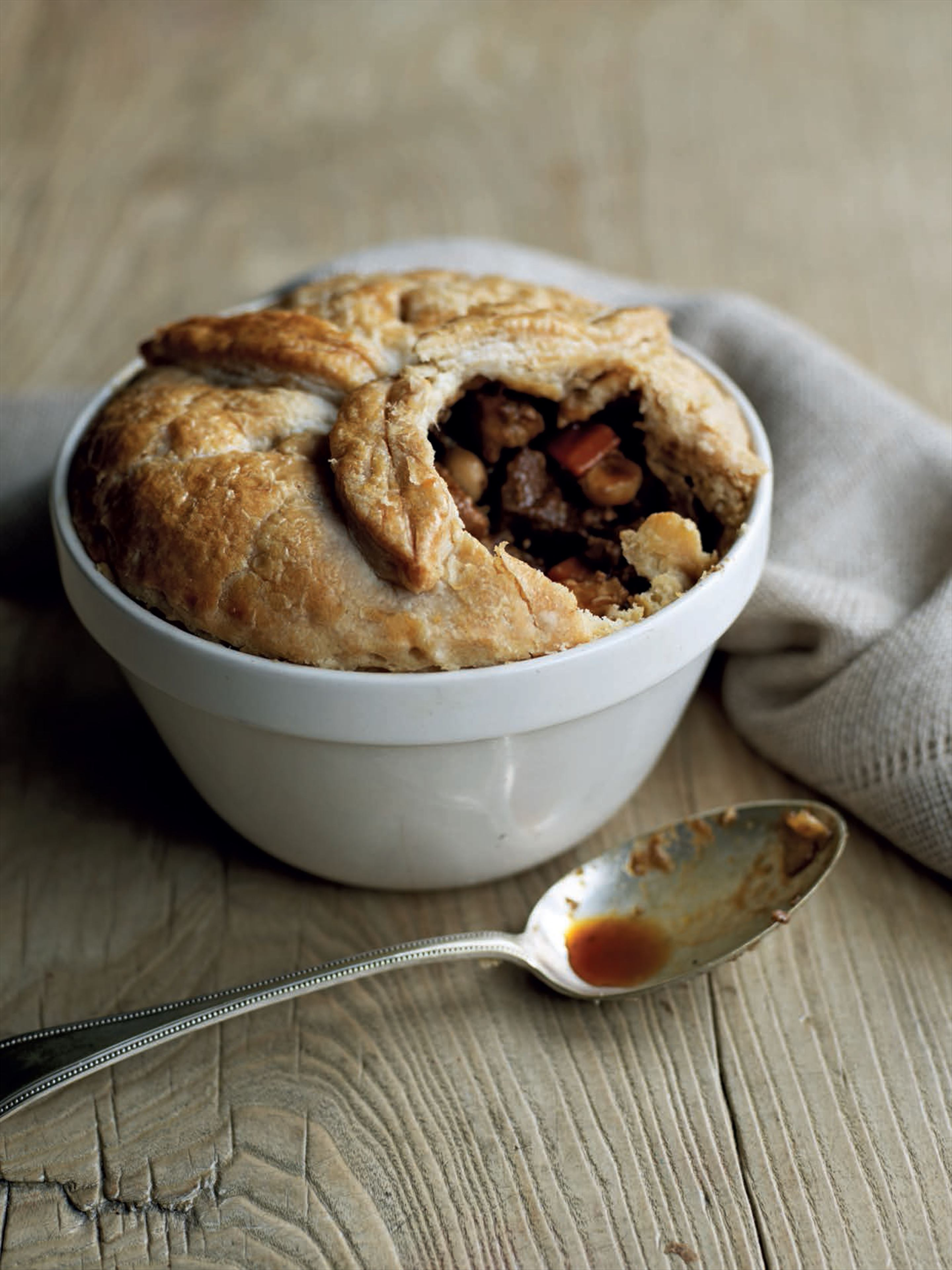 Rabbit, ale and hazelnut suet pie