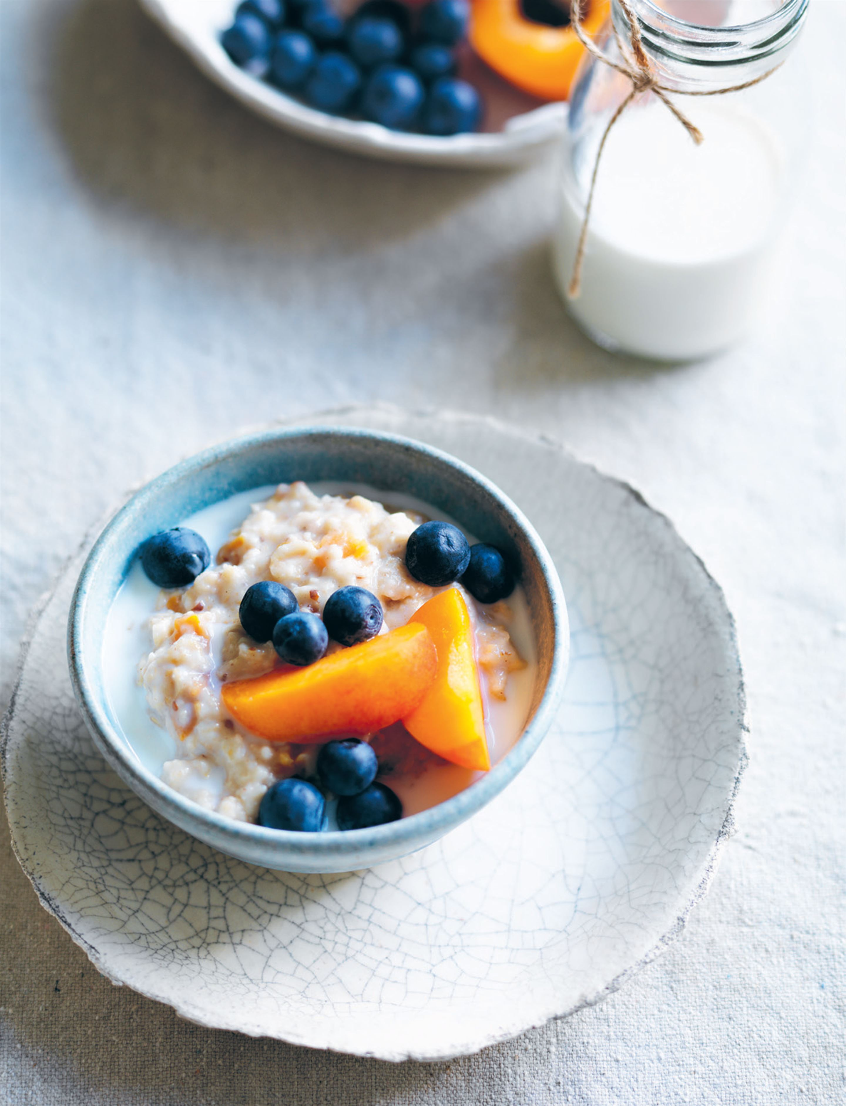 Three-grain blueberry and apricot porridge