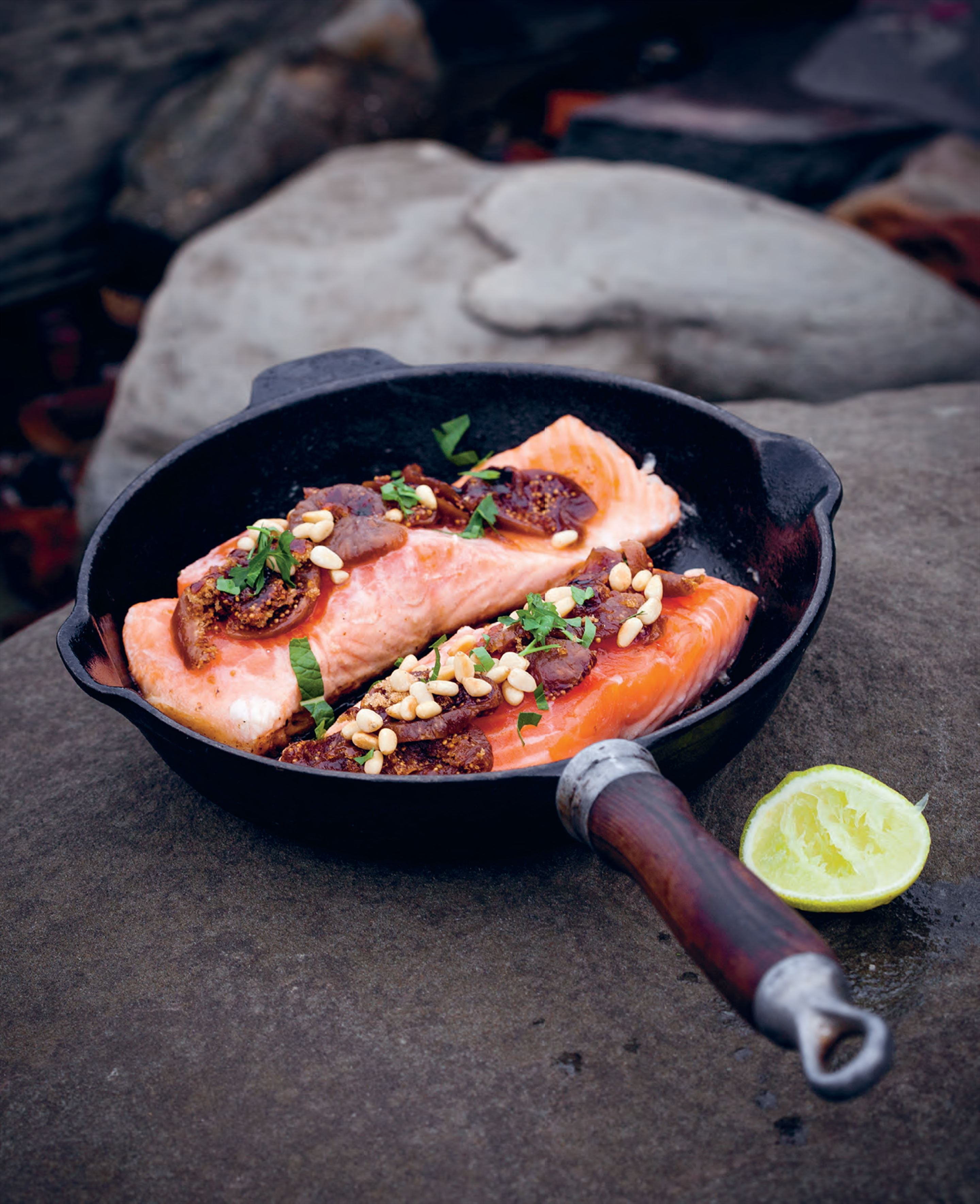 Kiwi barbecued trout with figs