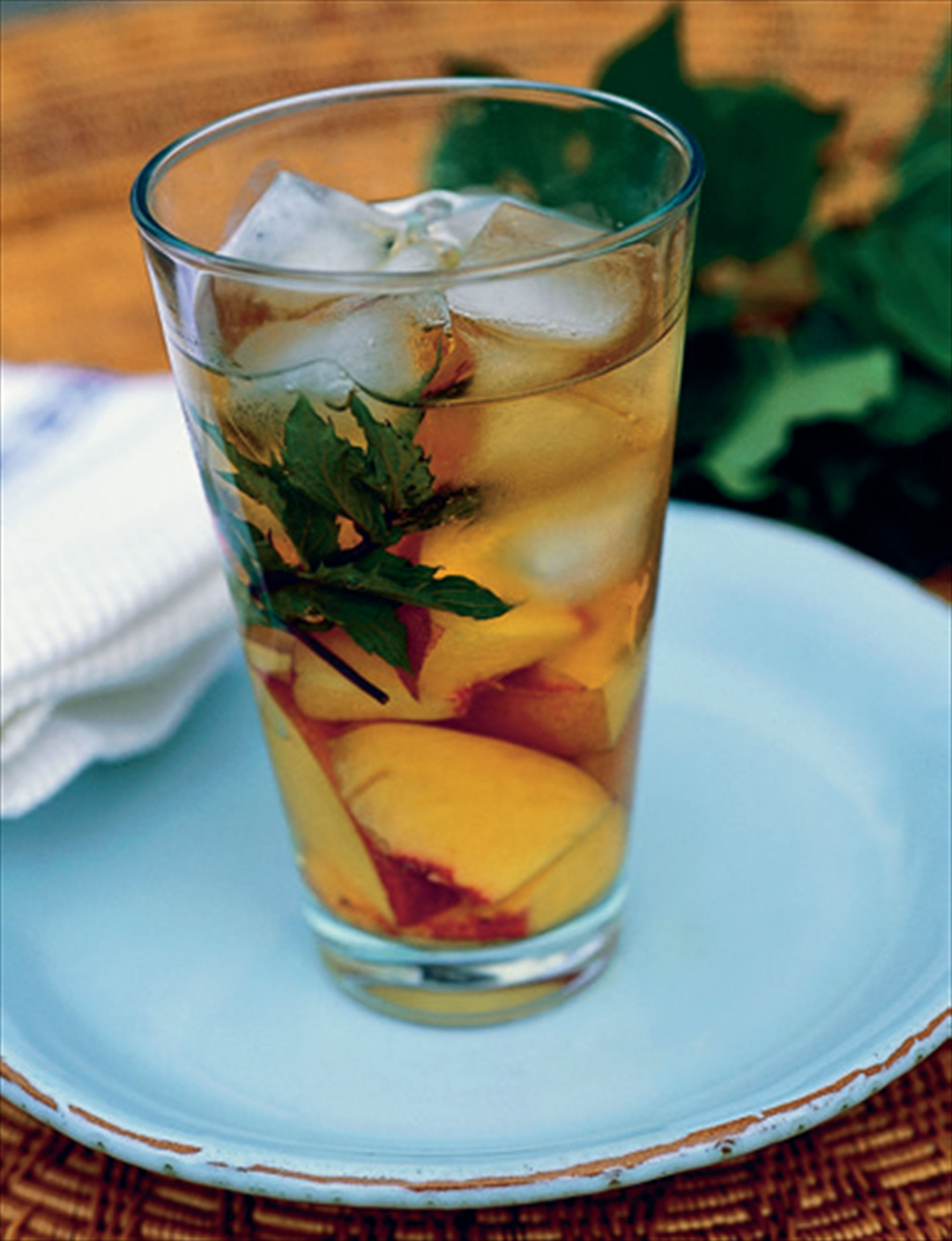 Jasmine tea with peaches