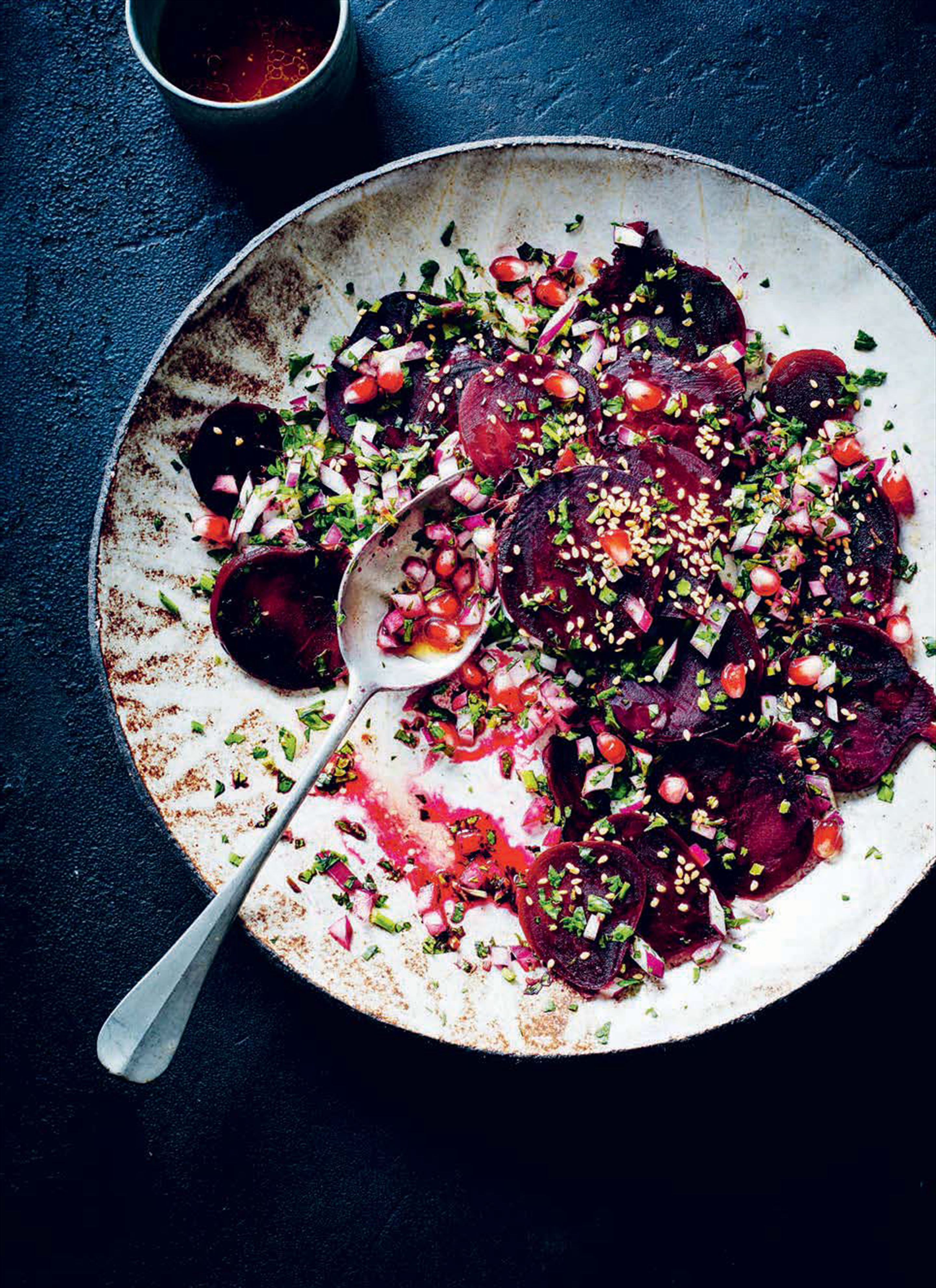 Beetroot salad with pomegranate molasses and sesame seeds