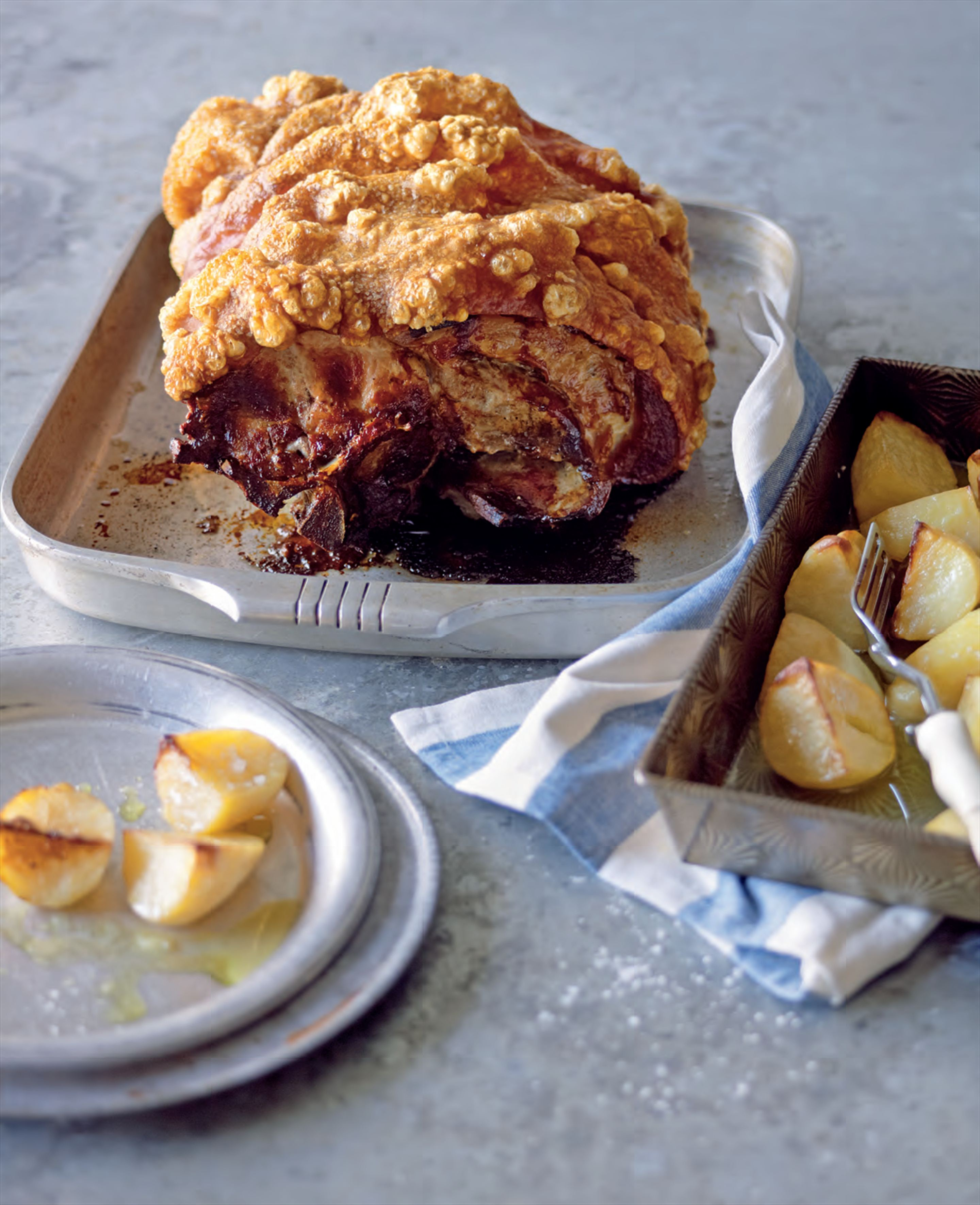 Roast pork with lemon potatoes