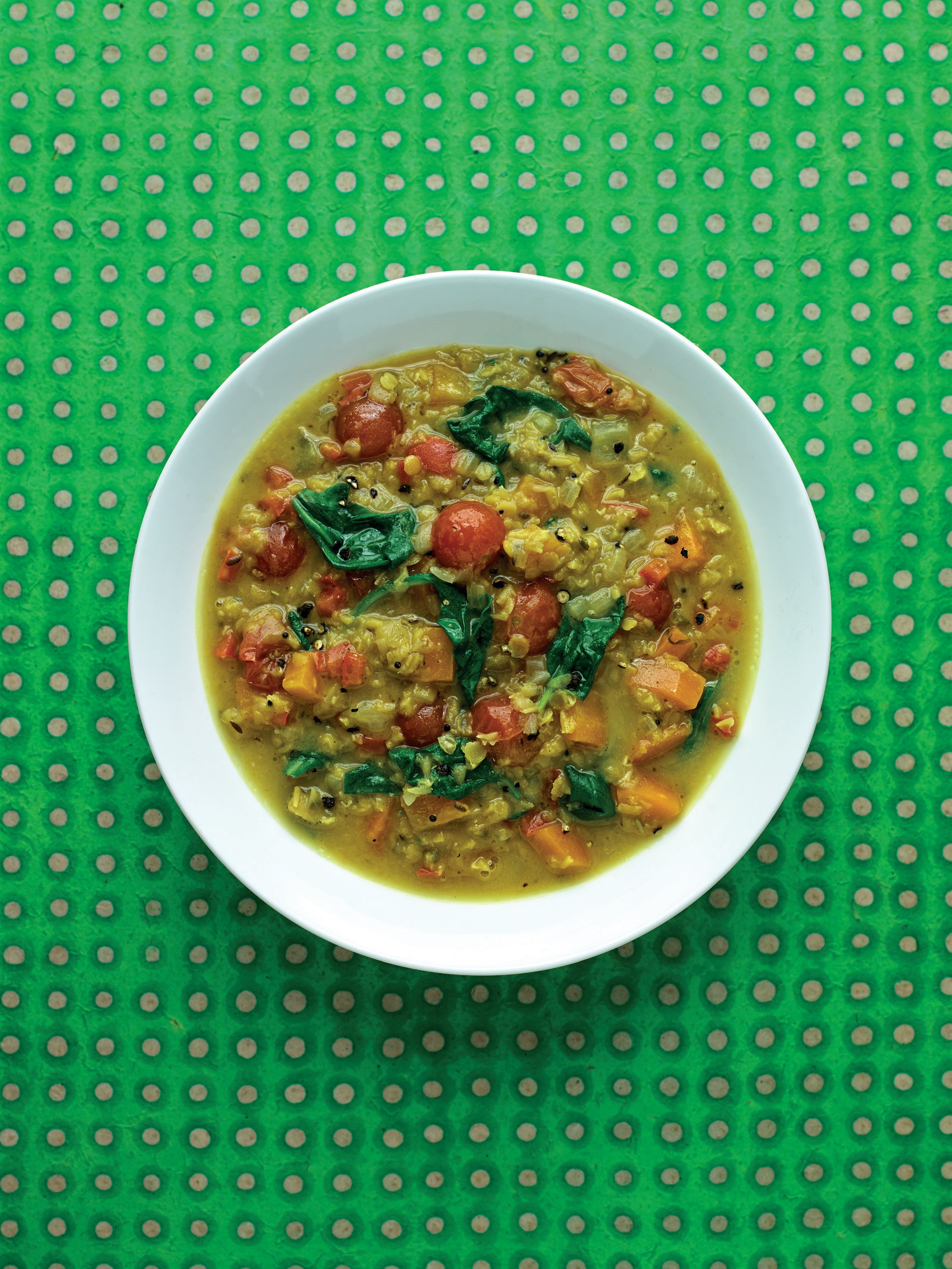 Curried red lentil, spinach and coconut broth