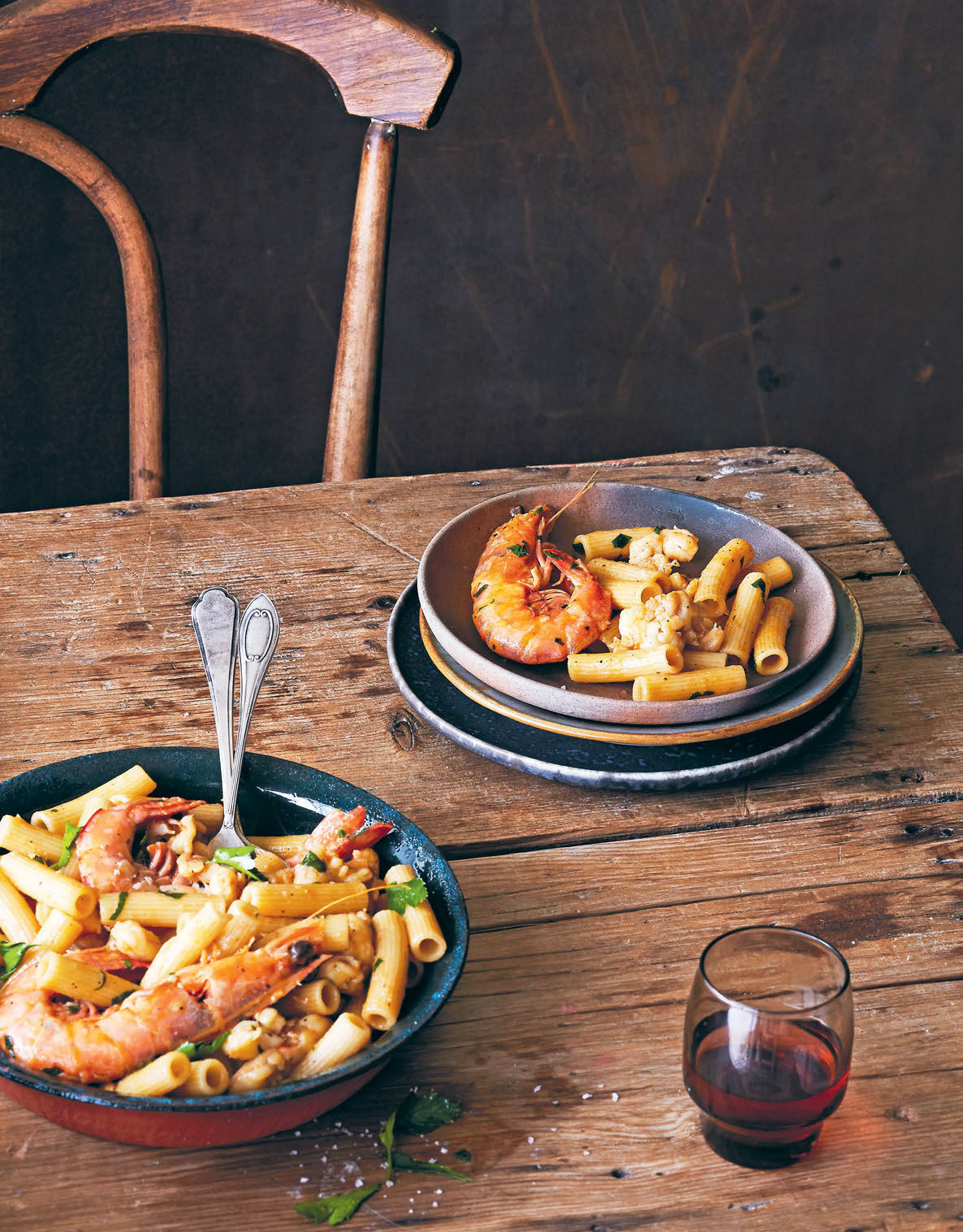 Rigatoni with prawns Gallipoli-style