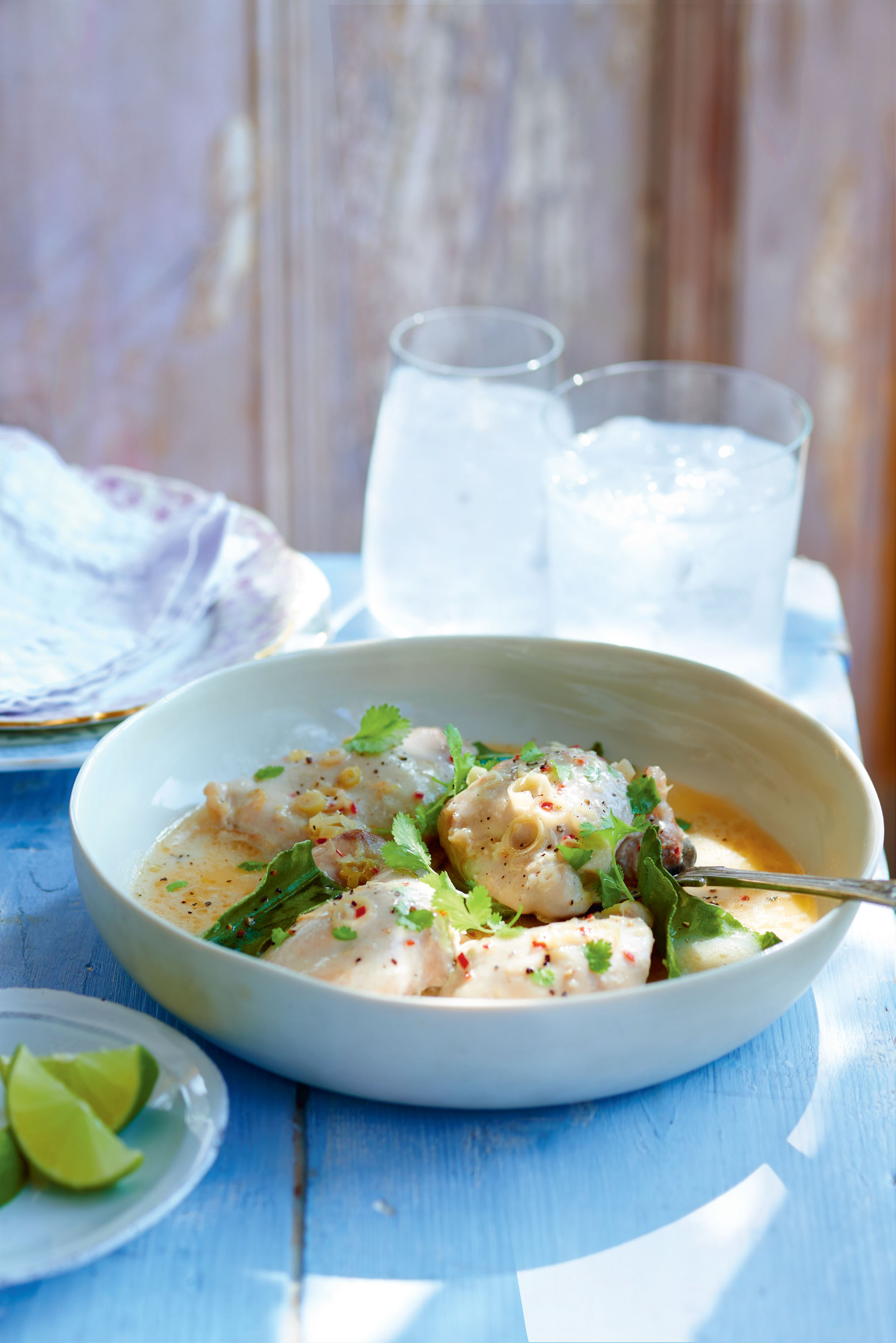 Chicken with lemongrass, lime and coriander