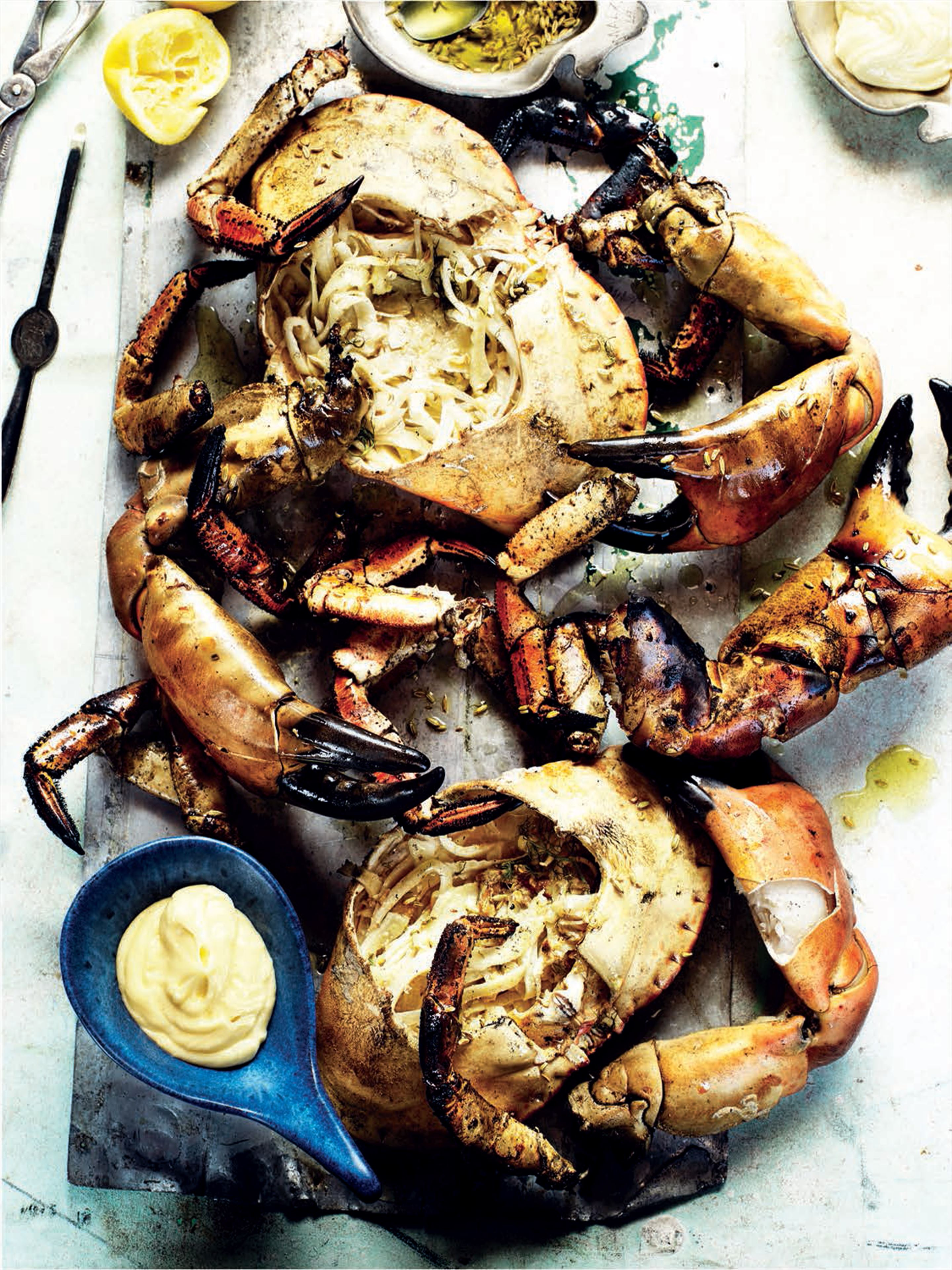 Grilled crab with fennel, lemon and alioli